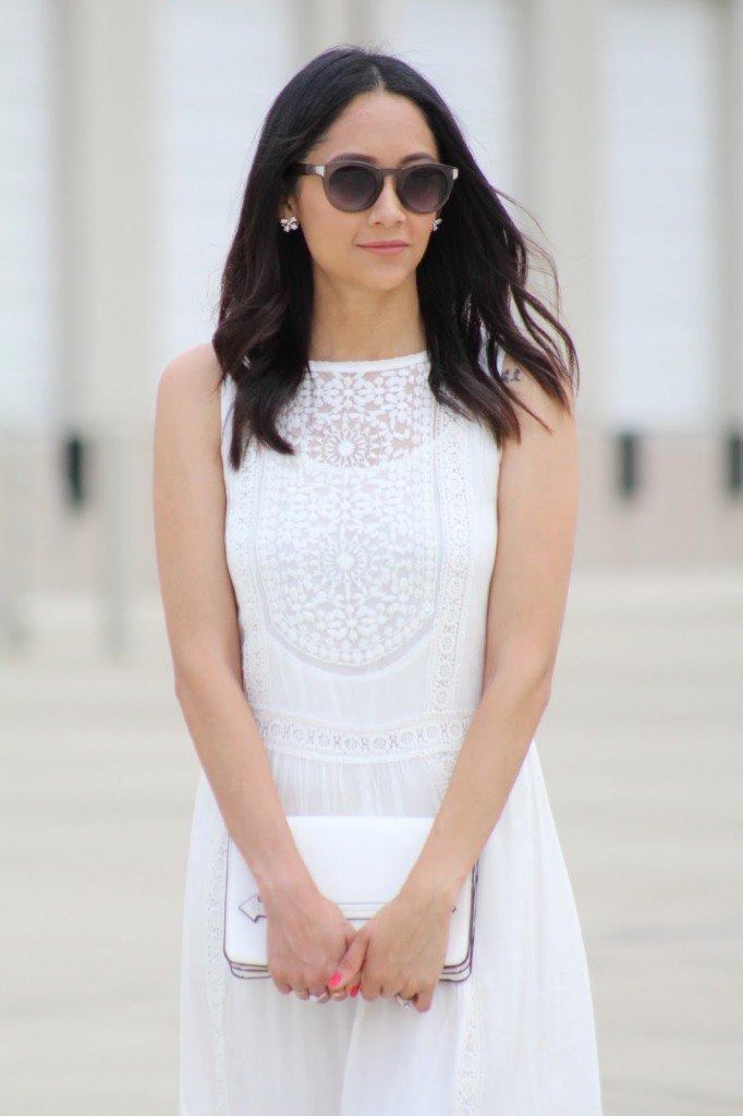 beautiful lace dress details