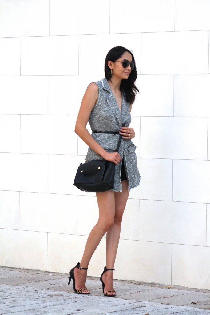 Knit vest shorts and sandals