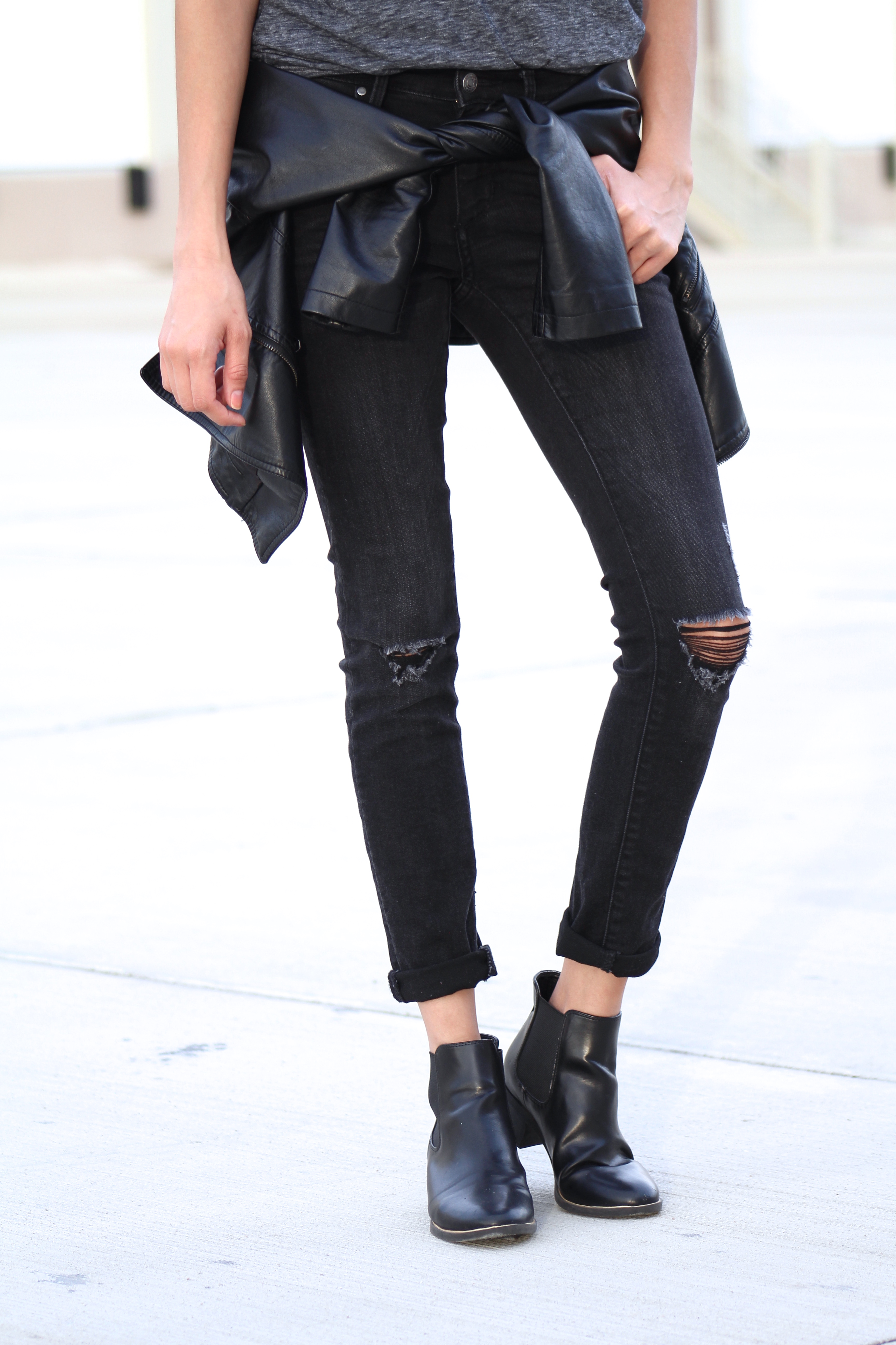 black skinny jeans and booties
