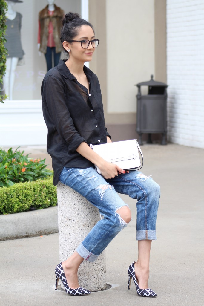 Casual outfit and statement shoes