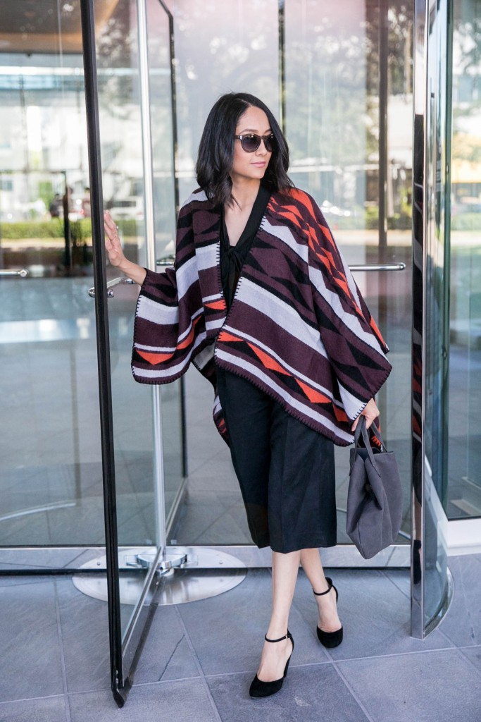 Poncho outfit ideas for fall