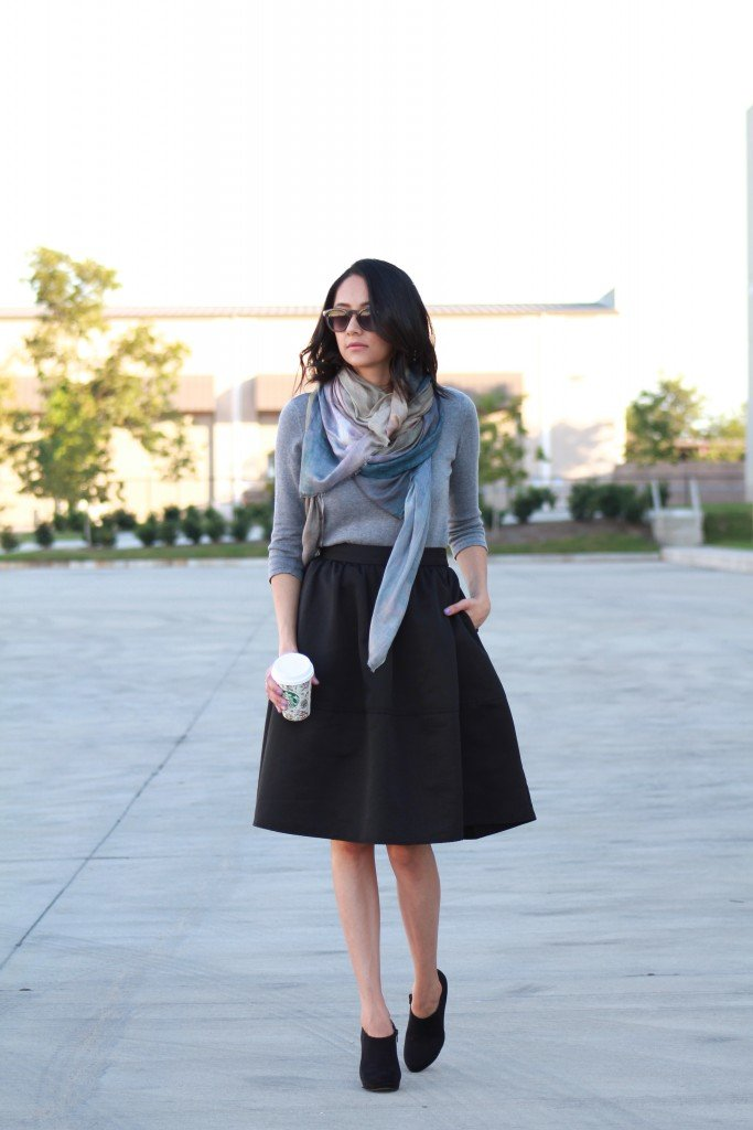 Black Midi skirt, Gray sweater and grey Manoosh scarf