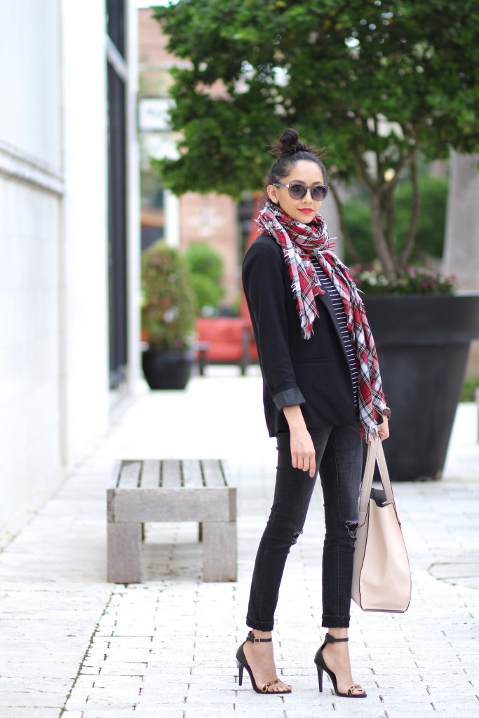 chic fall look. Black skinny jeans and blazer, striped top and plaid scarf.