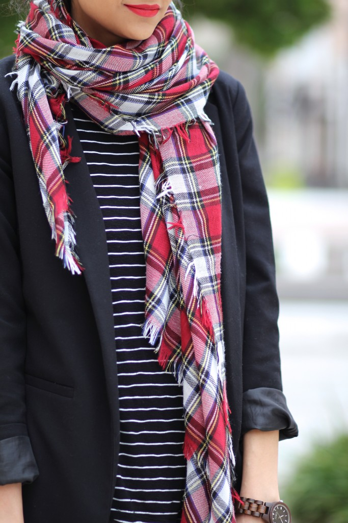 how to wear stripes and plaid together