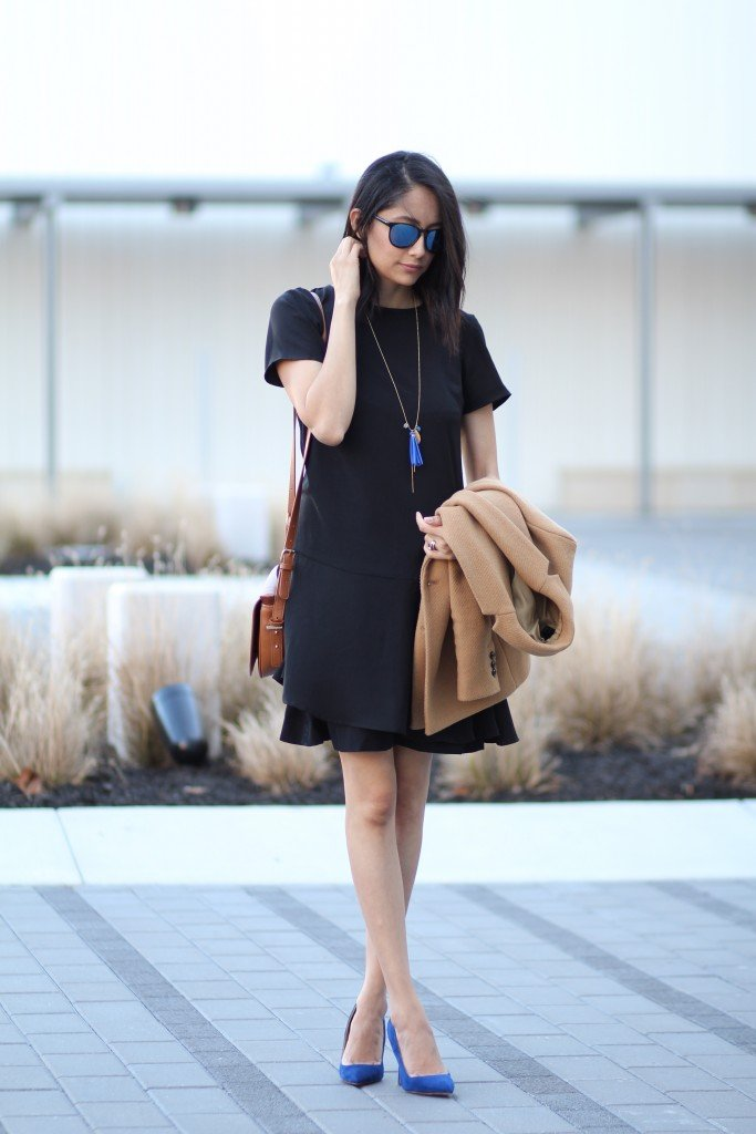 Black outfit with blue accessories