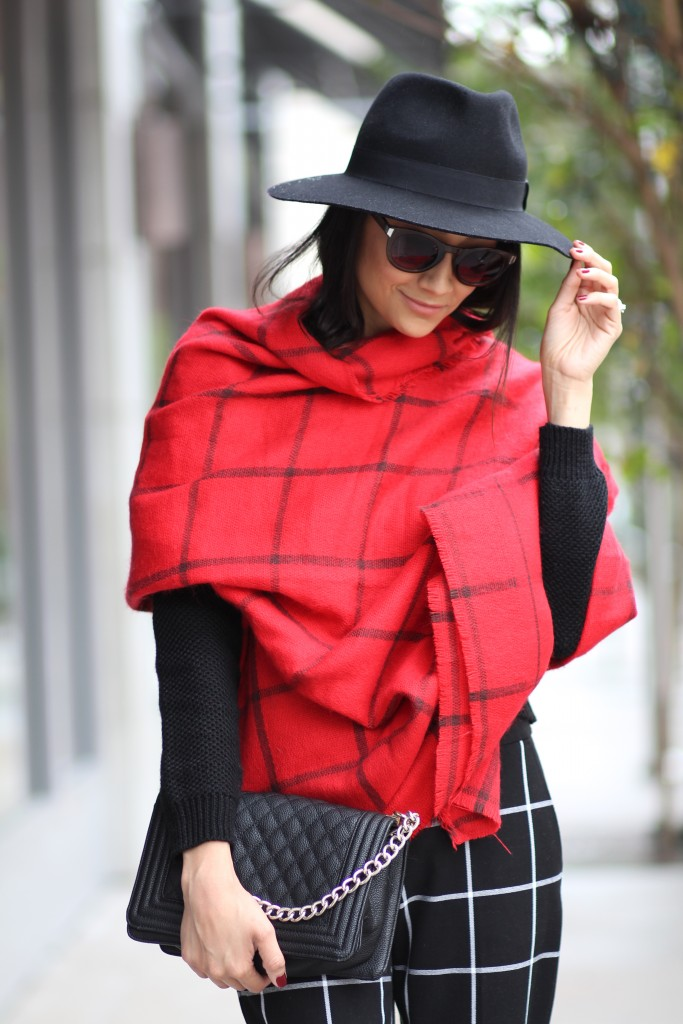 pattern play-Old Navy Grid pattern red flannel blanket scarf & black wool fedora