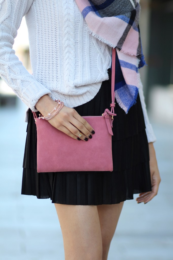 Daily Craving wears a casual fall outfit with a tiered skirt & cable knit sweater