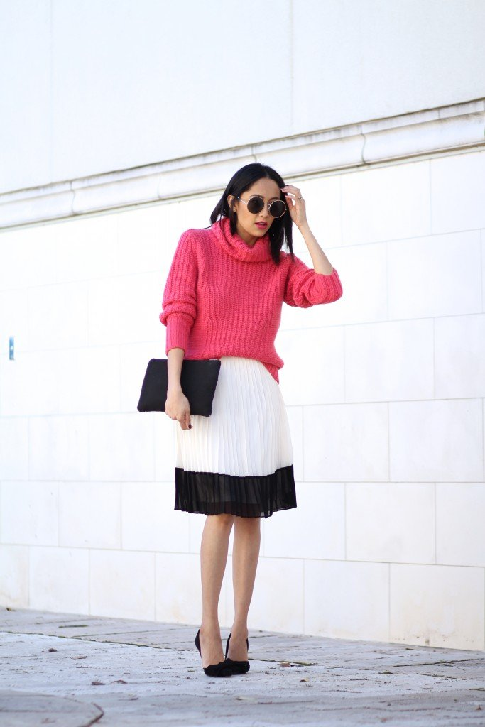 how to wear a turtleneck sweater with a skirt