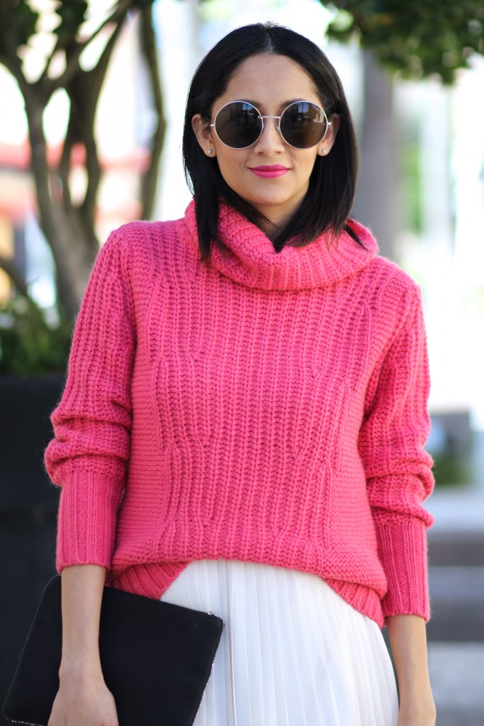 Pink Turtleneck sweater for fall