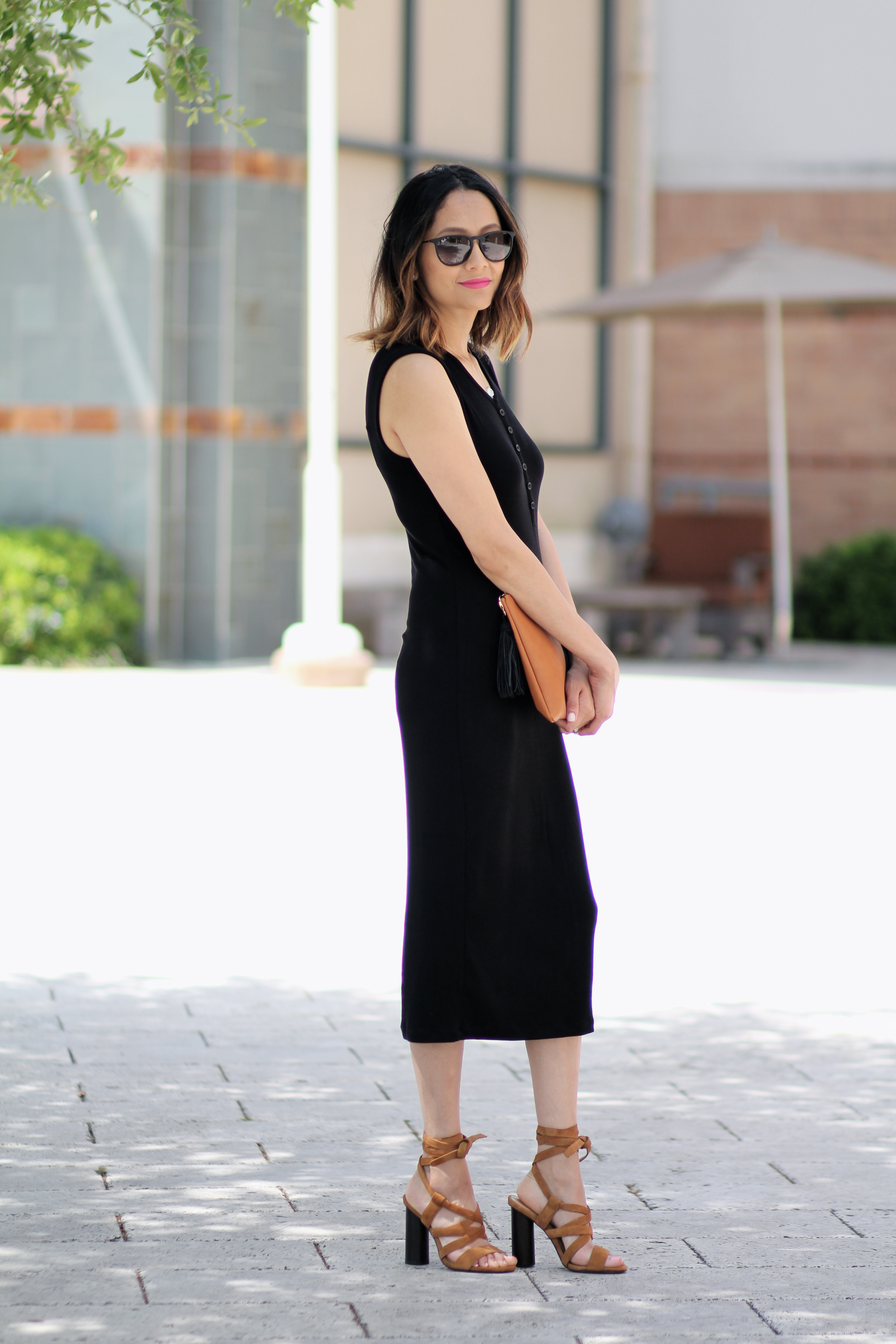 Black henley midi dress | Lace up sandals | Rayban Sunglasses | ombre hair