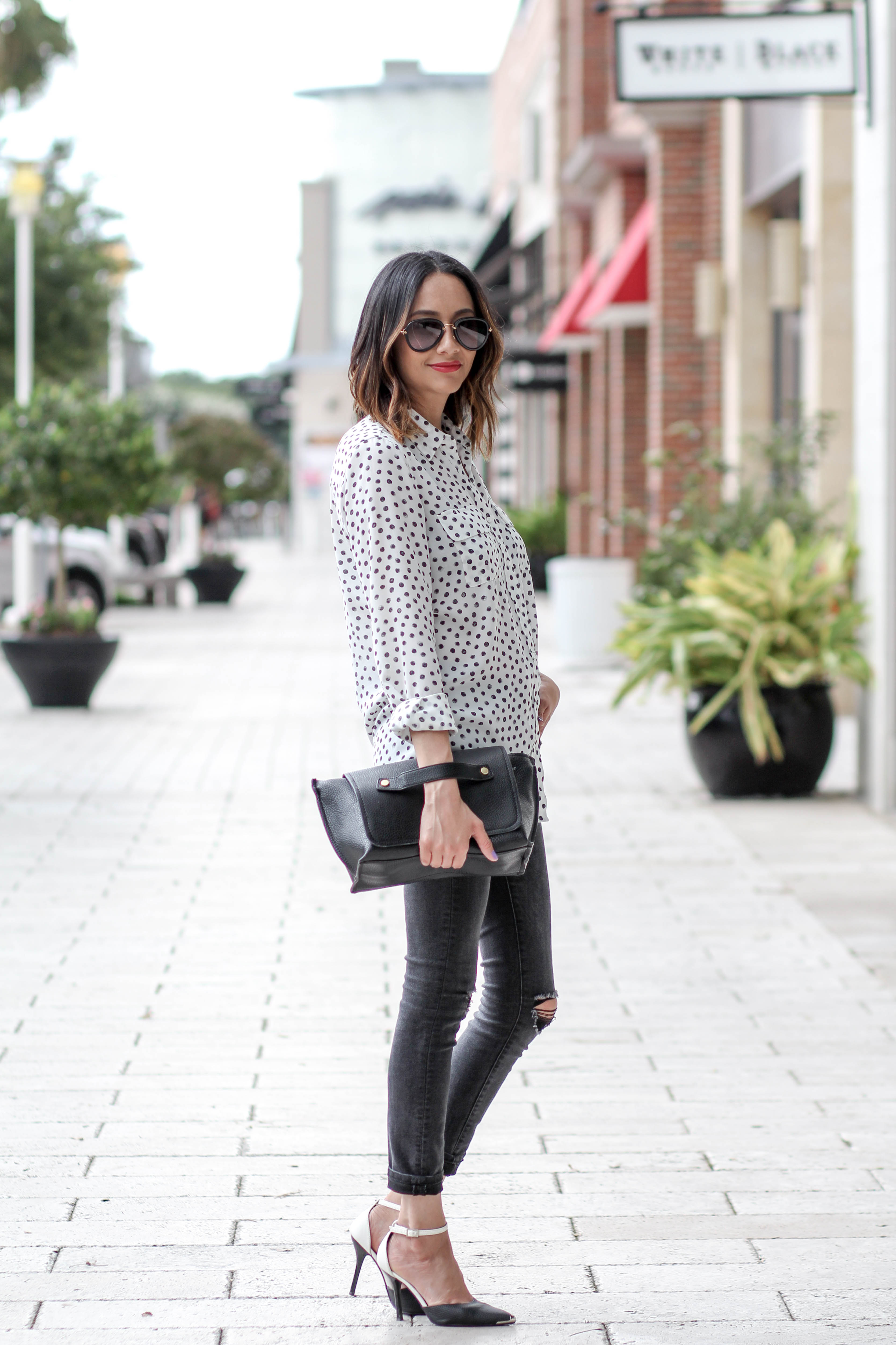 Polka Dotted Top and Black Skinny Jeans | Easy Casual Look