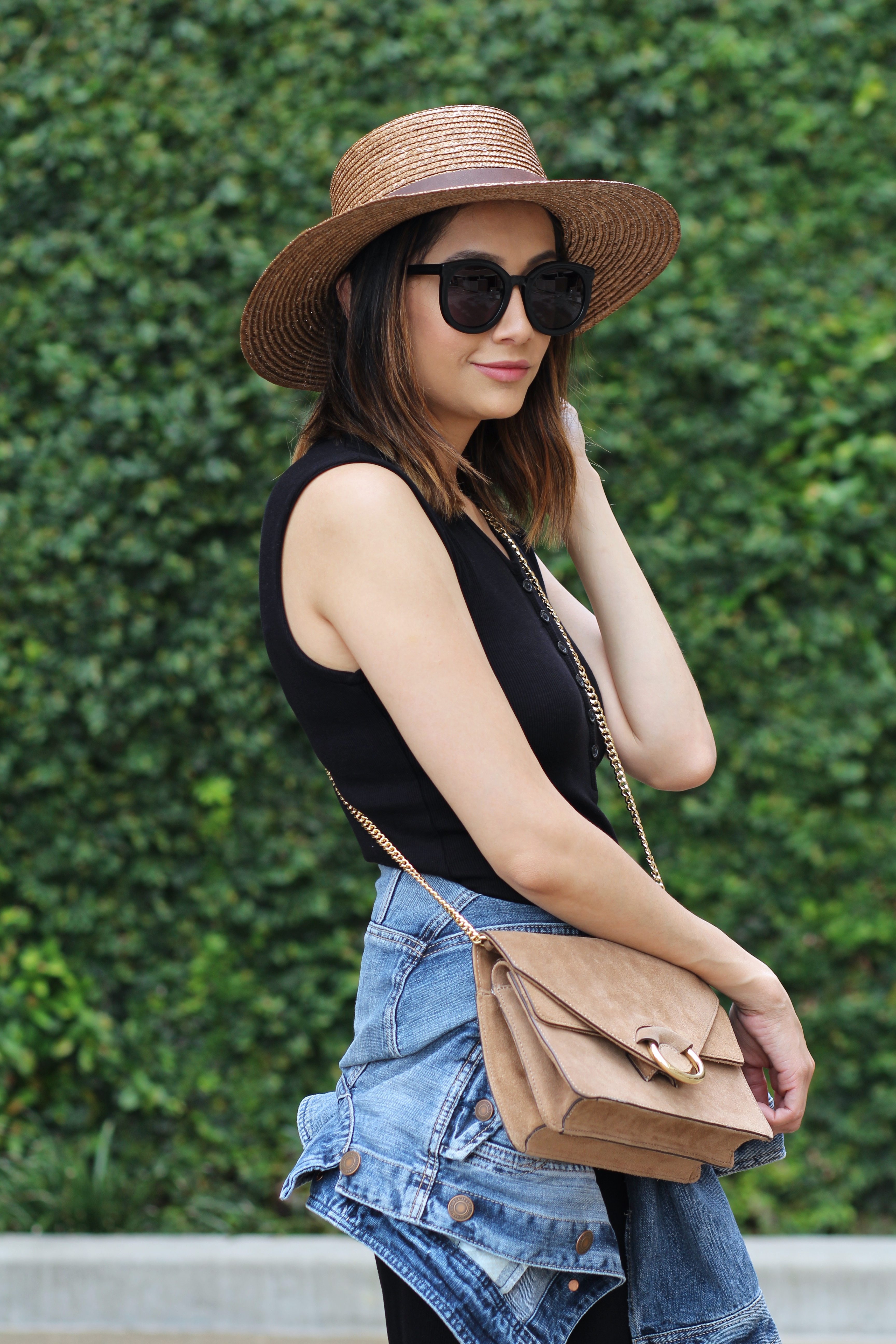 Summer Chic Look | Boater Hat | Oversized Sunglasses