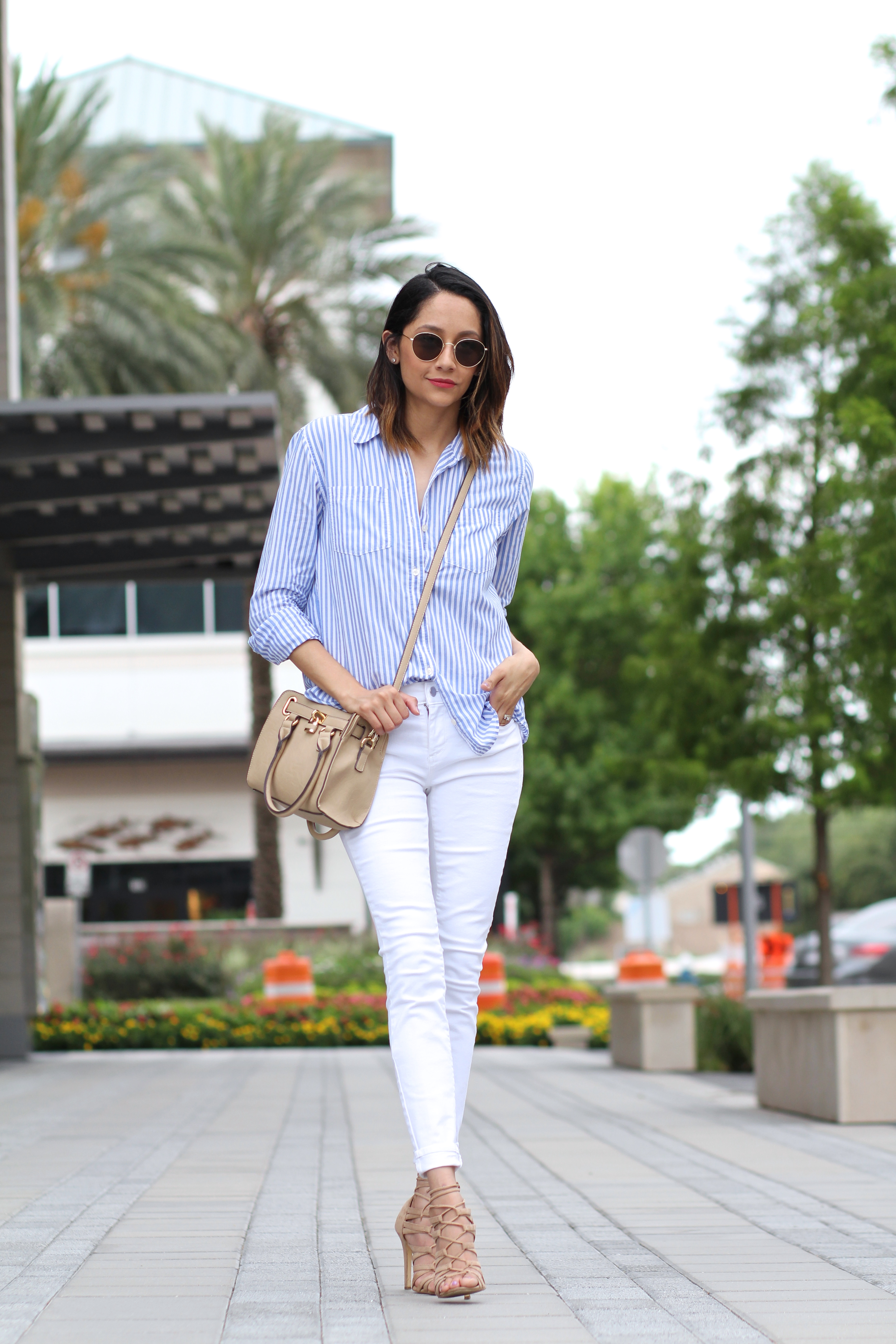 How To Wear Vertical Stripes | White Jeans | Casual Summer Look
