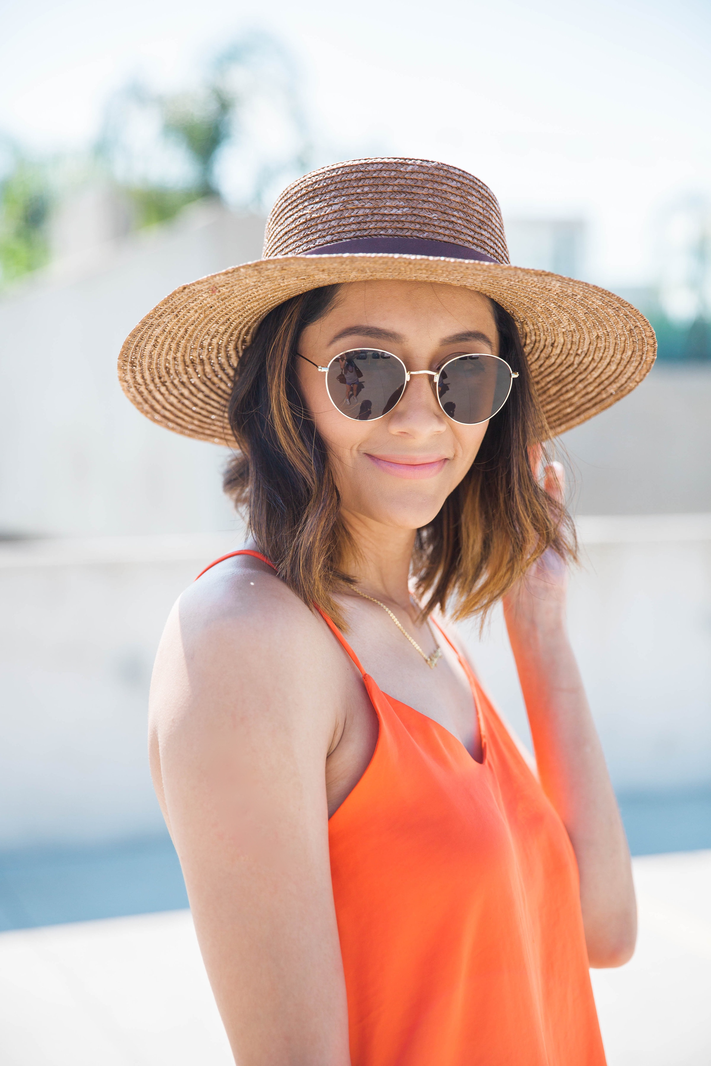 Color Blocked Look | Boater Hat | Round Sunglasses
