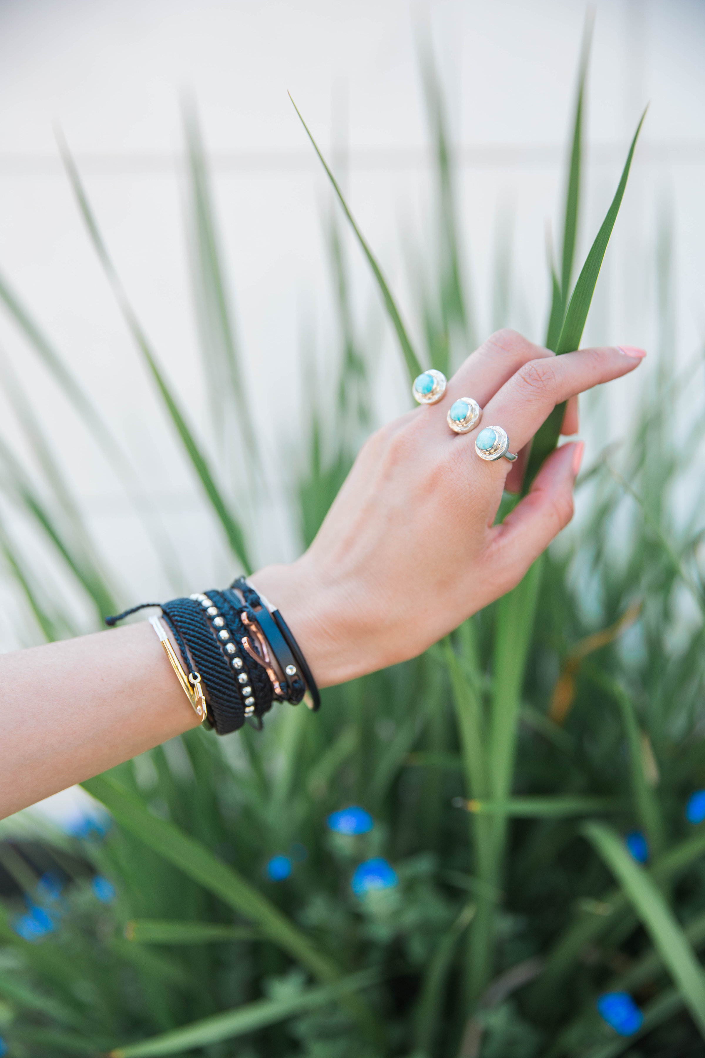 Larimar Two Finger Ring | Pura Vida Bracelets | Details
