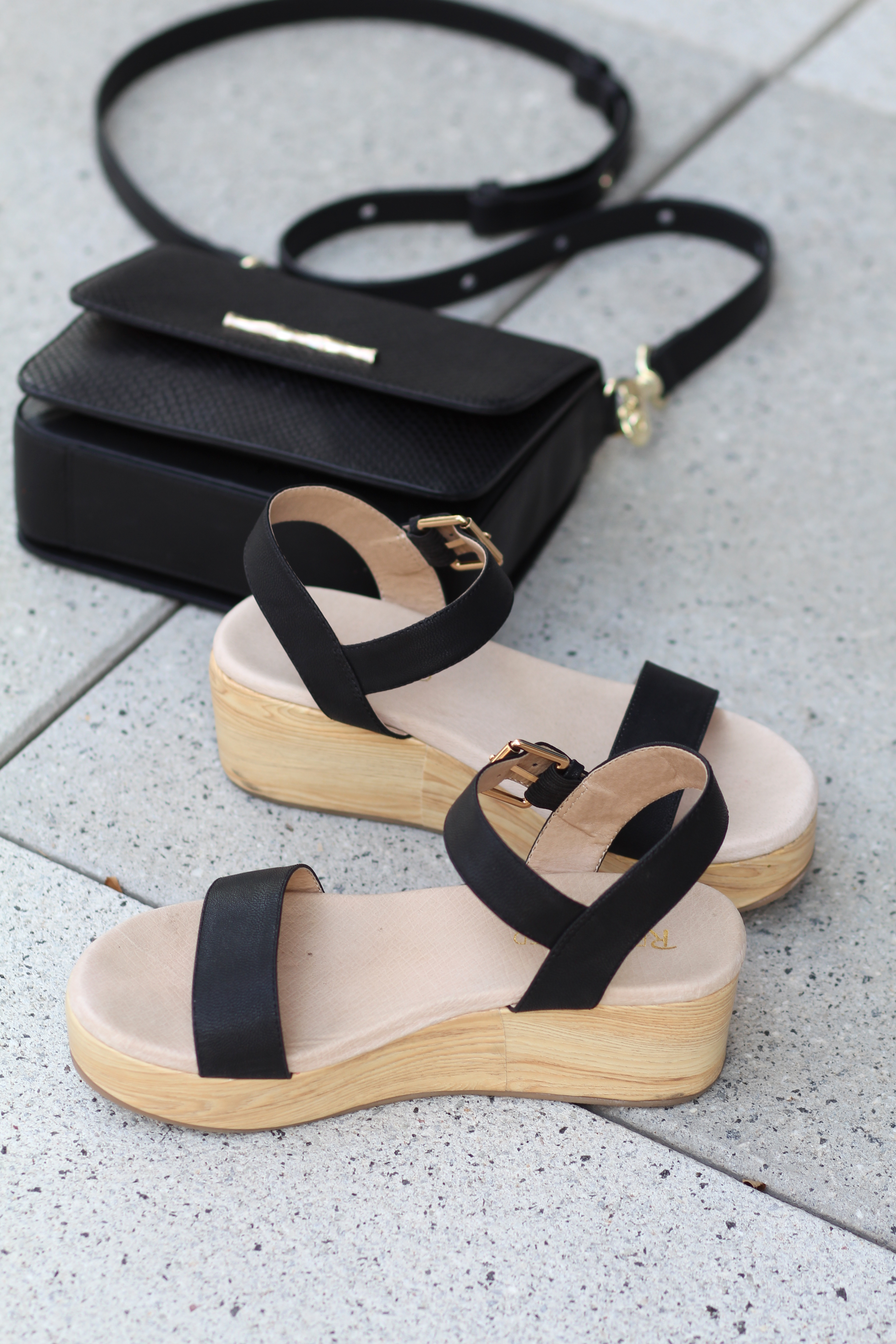 Restricted Shoes Platform Sandals