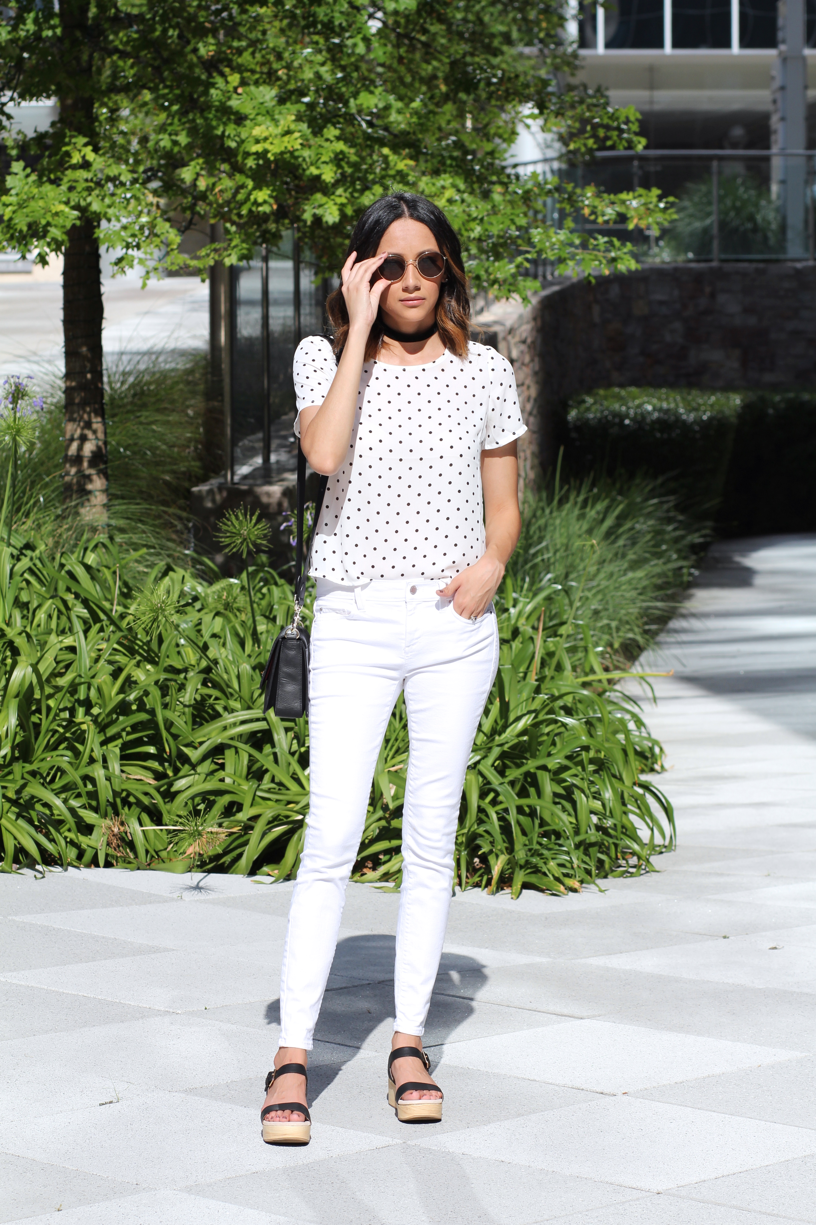 White on White Look | Platform Sandals | Summer Whites | White Denim | Minimal Chic