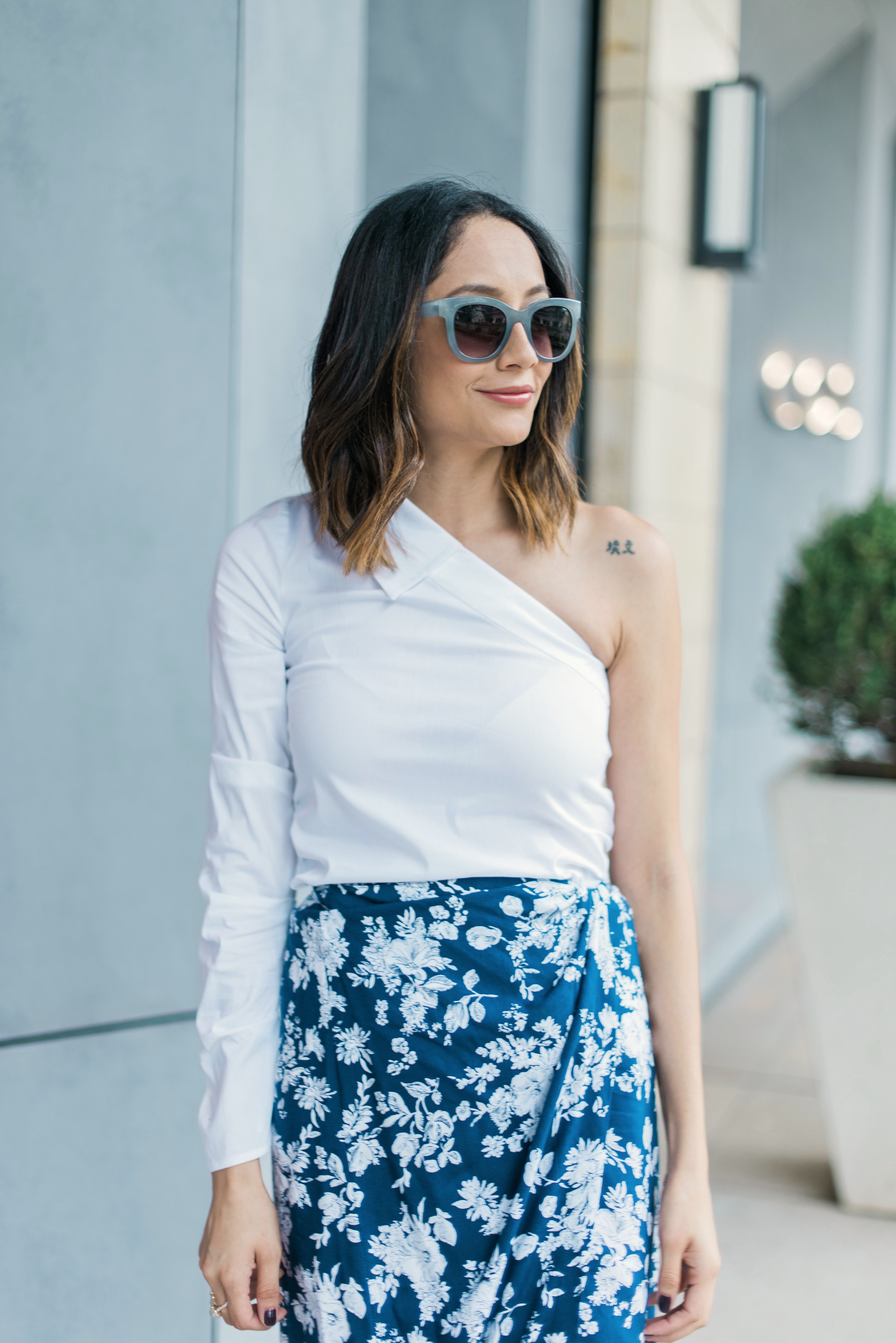 how to wear a wrap skirt| Summer look