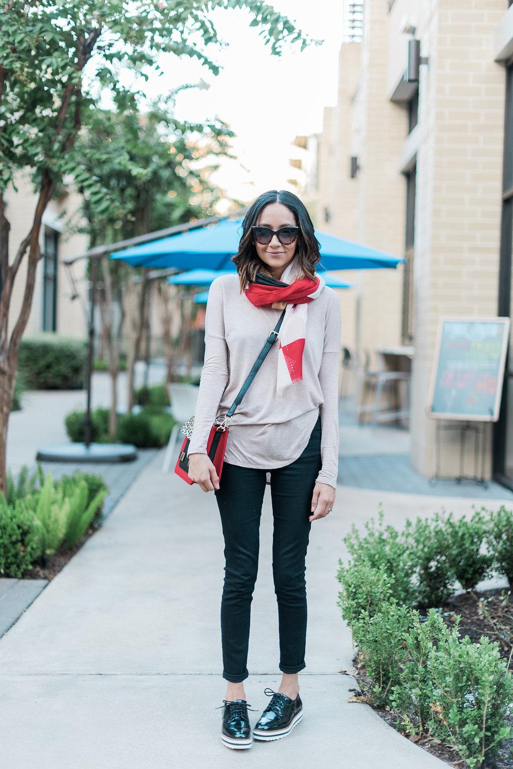 Fall Look   Easy Fall Outfit Idea   Charming Charlie Scarf & Crossbody Bag