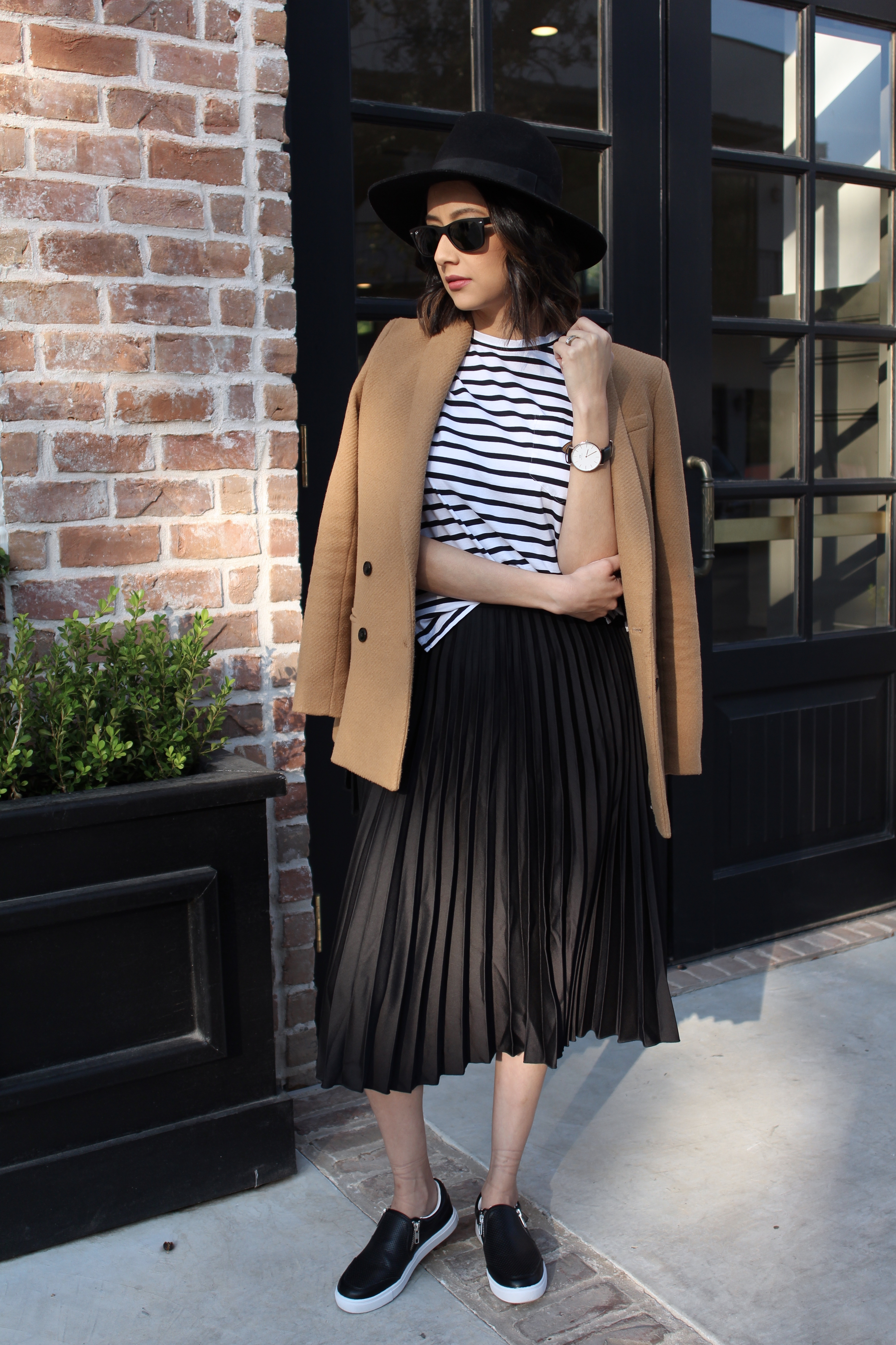 How to wear the off-duty look like a pro