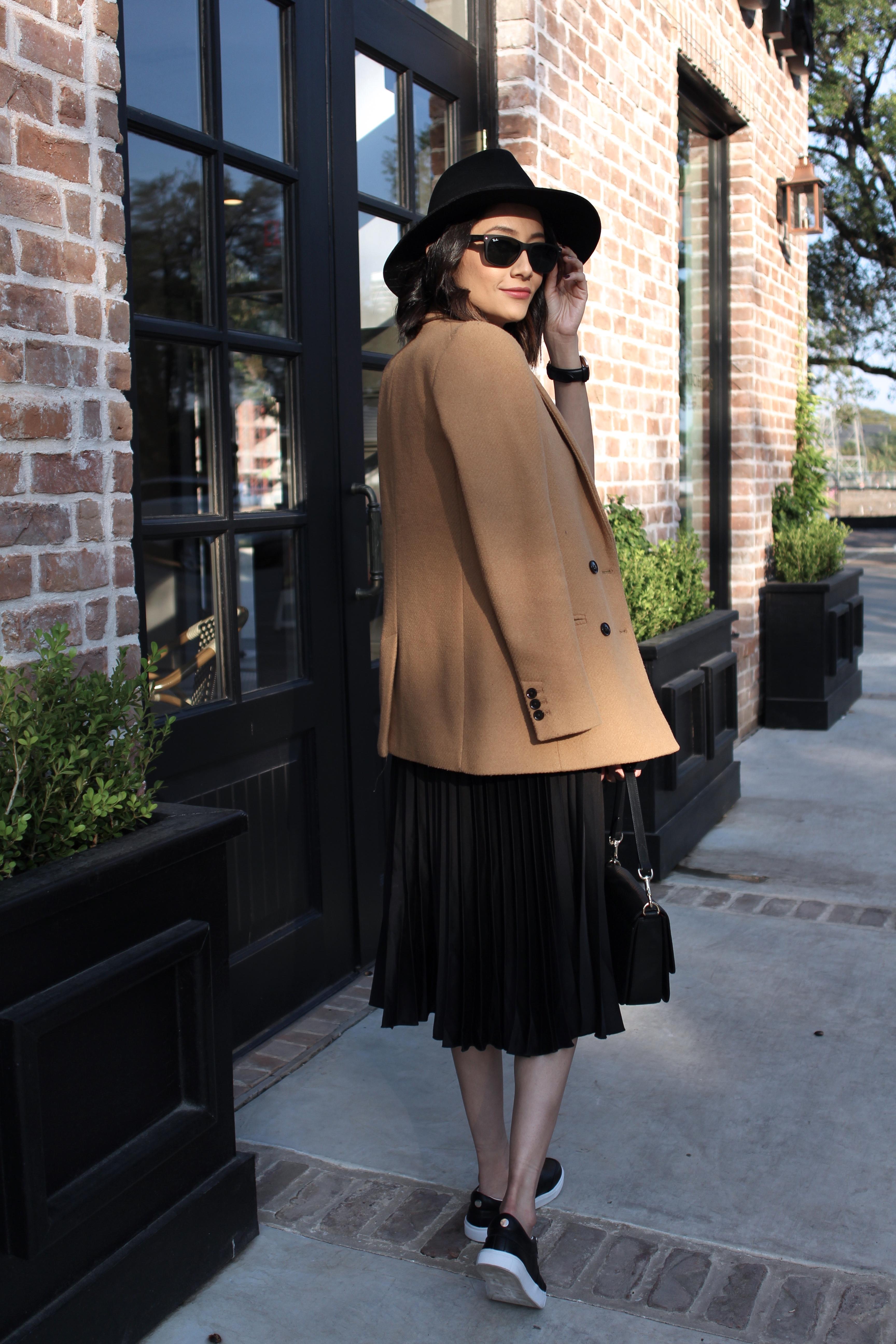 Fashion blogger off-duty look