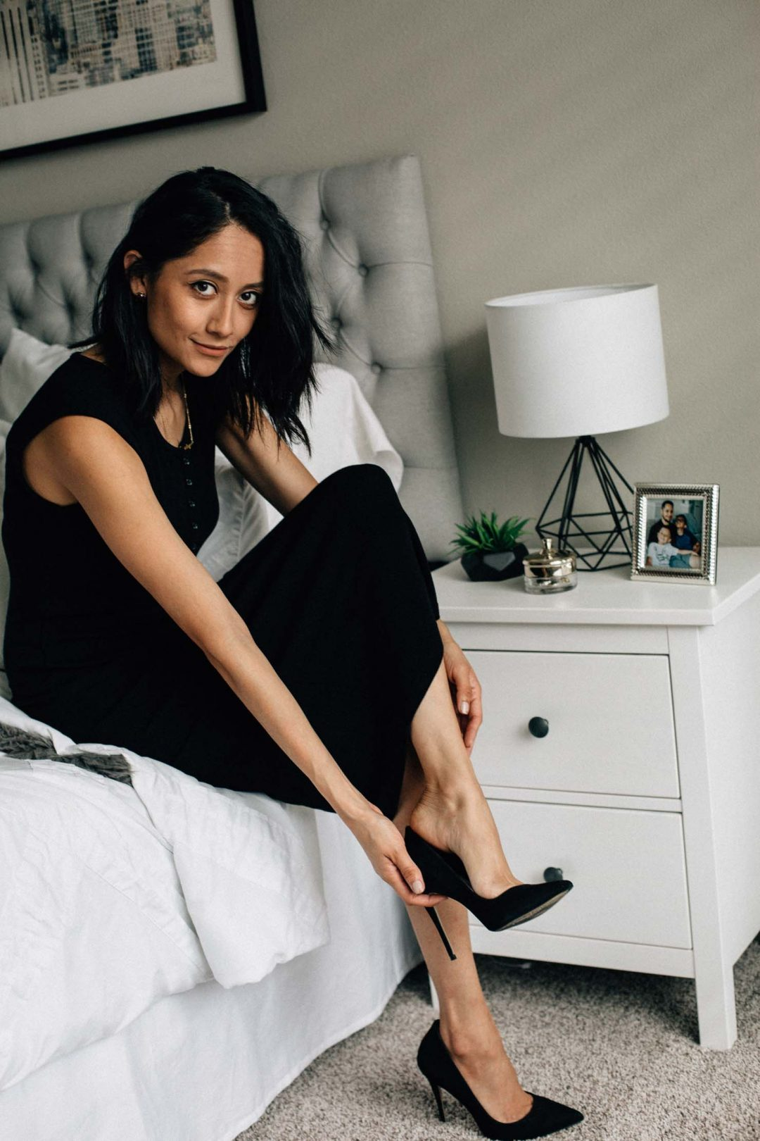 Lifestyle blogger Lilly Beltran of Daily Craving sharing her must have item to pack for New York Fashion Week