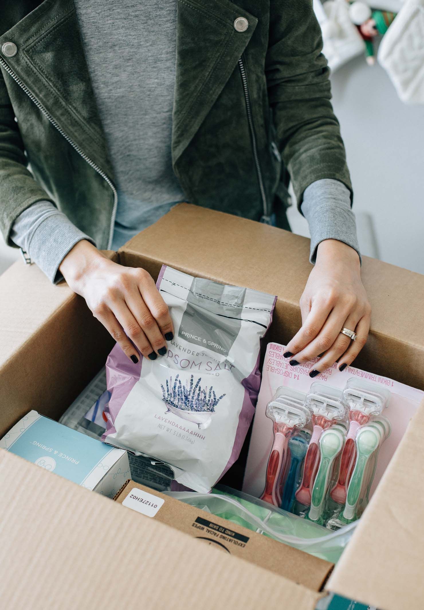 lifestyle blogger Lilly Beltran reviews boxed bulk service