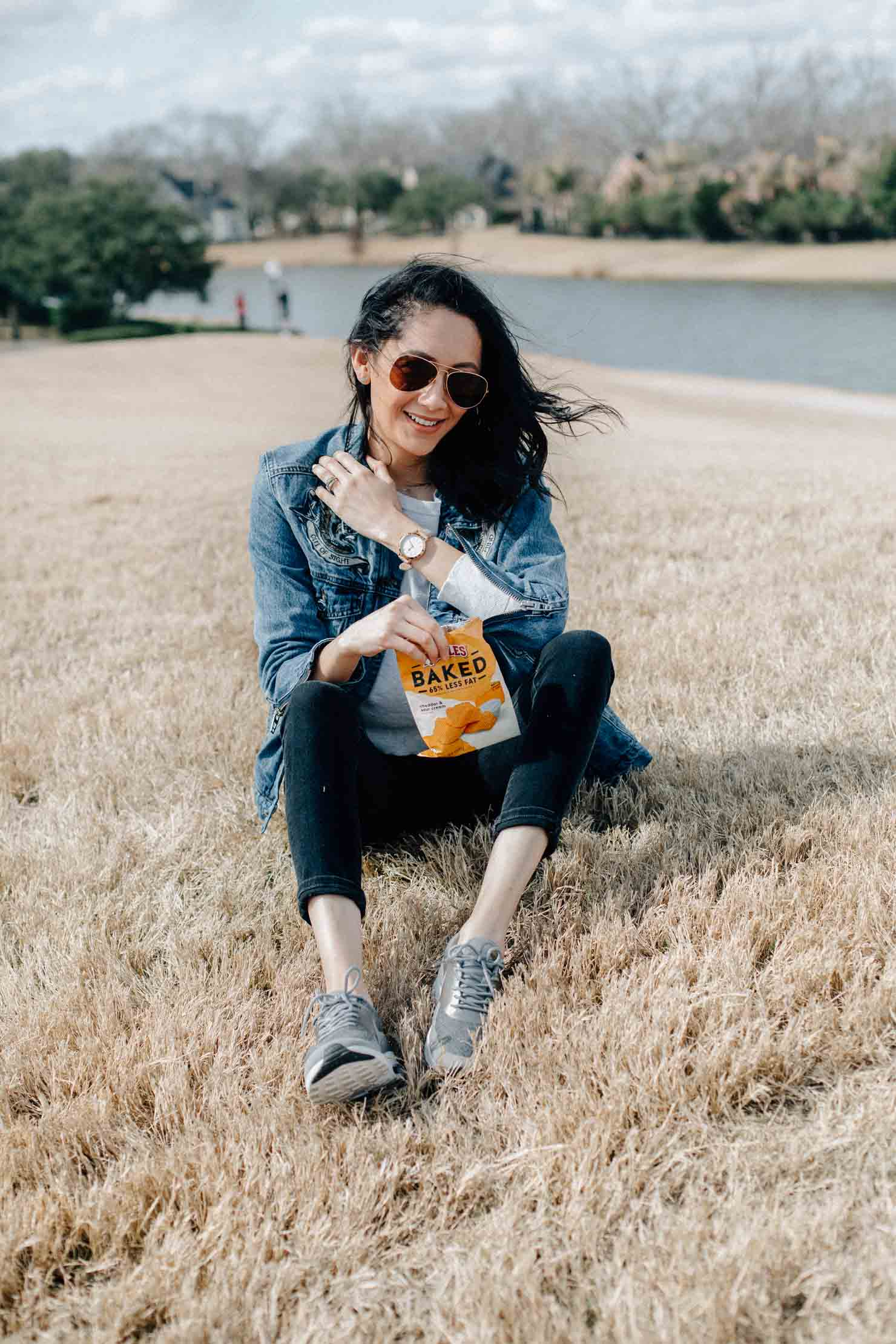 Classic denim on denim look | Fossil Q Hybrid Smartwatch | Lilly Beltran Houston Based Fashion Blogger