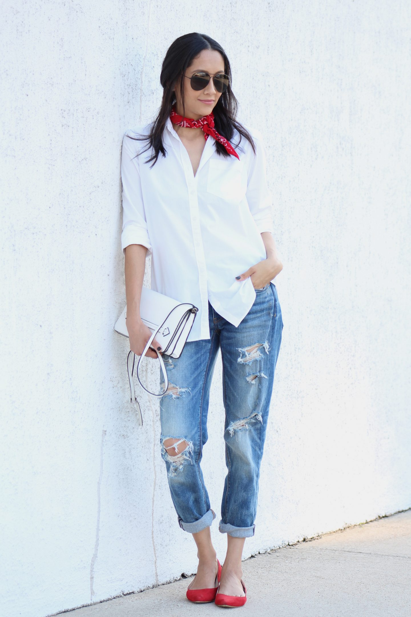 Boyfriend Jeans, White Shirt and Red Accents