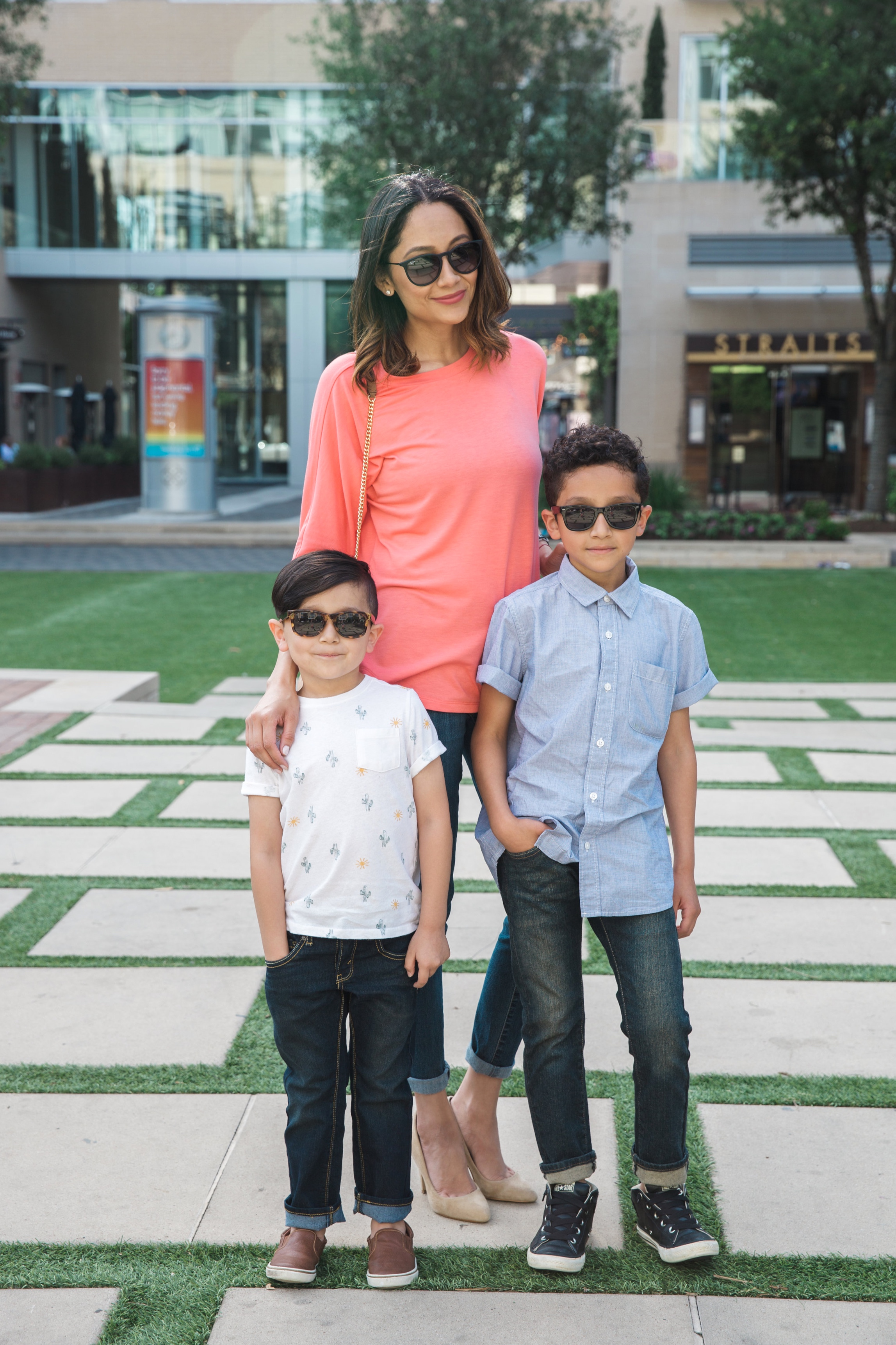 Lifestyle blogger Lilly Beltran of Daily Craving with her two boys in casual outfits wearing Denizen denim