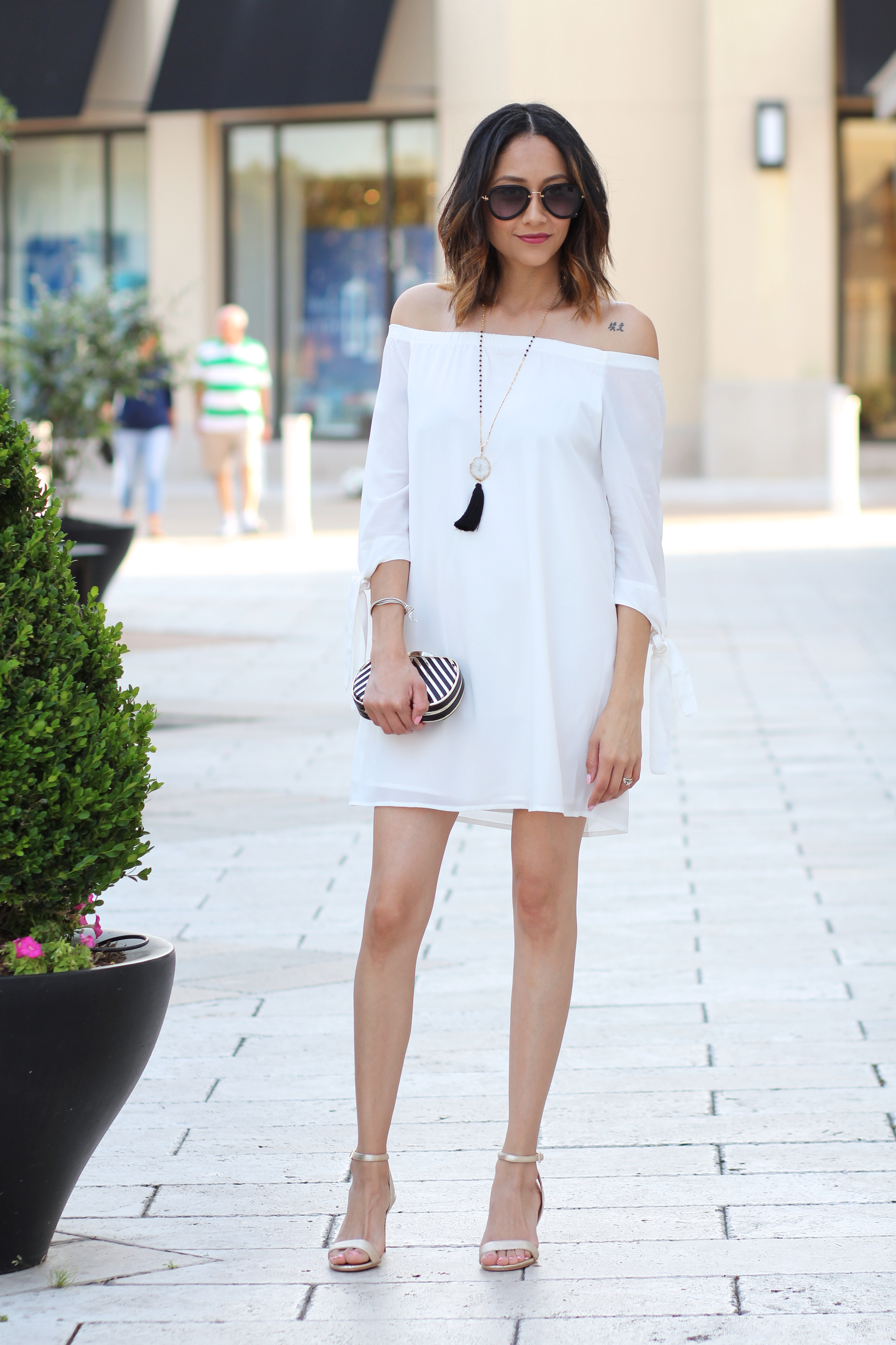 white for spring minimal look