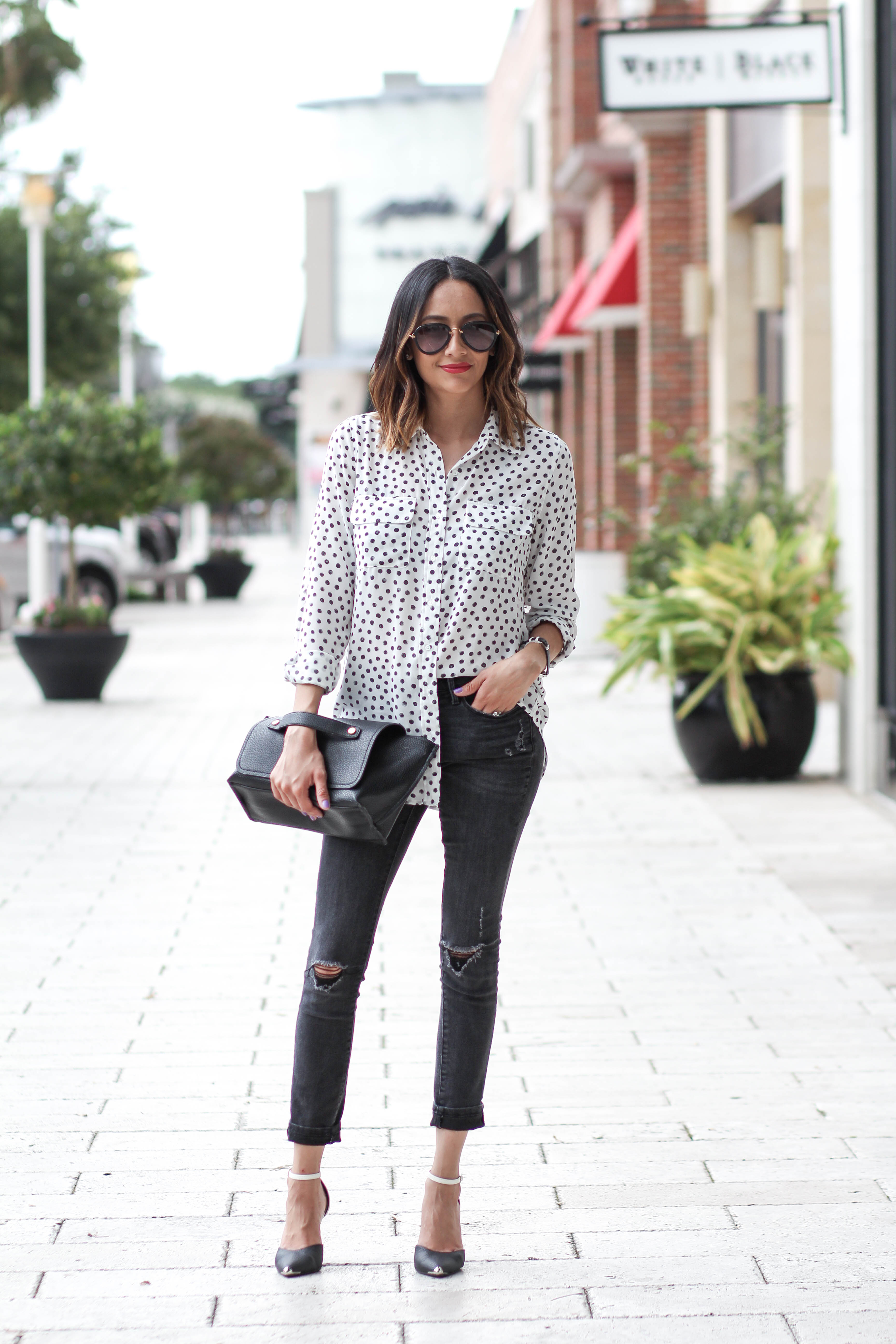 Polka Dotted Top and Skinny Jeans   Casual Look
