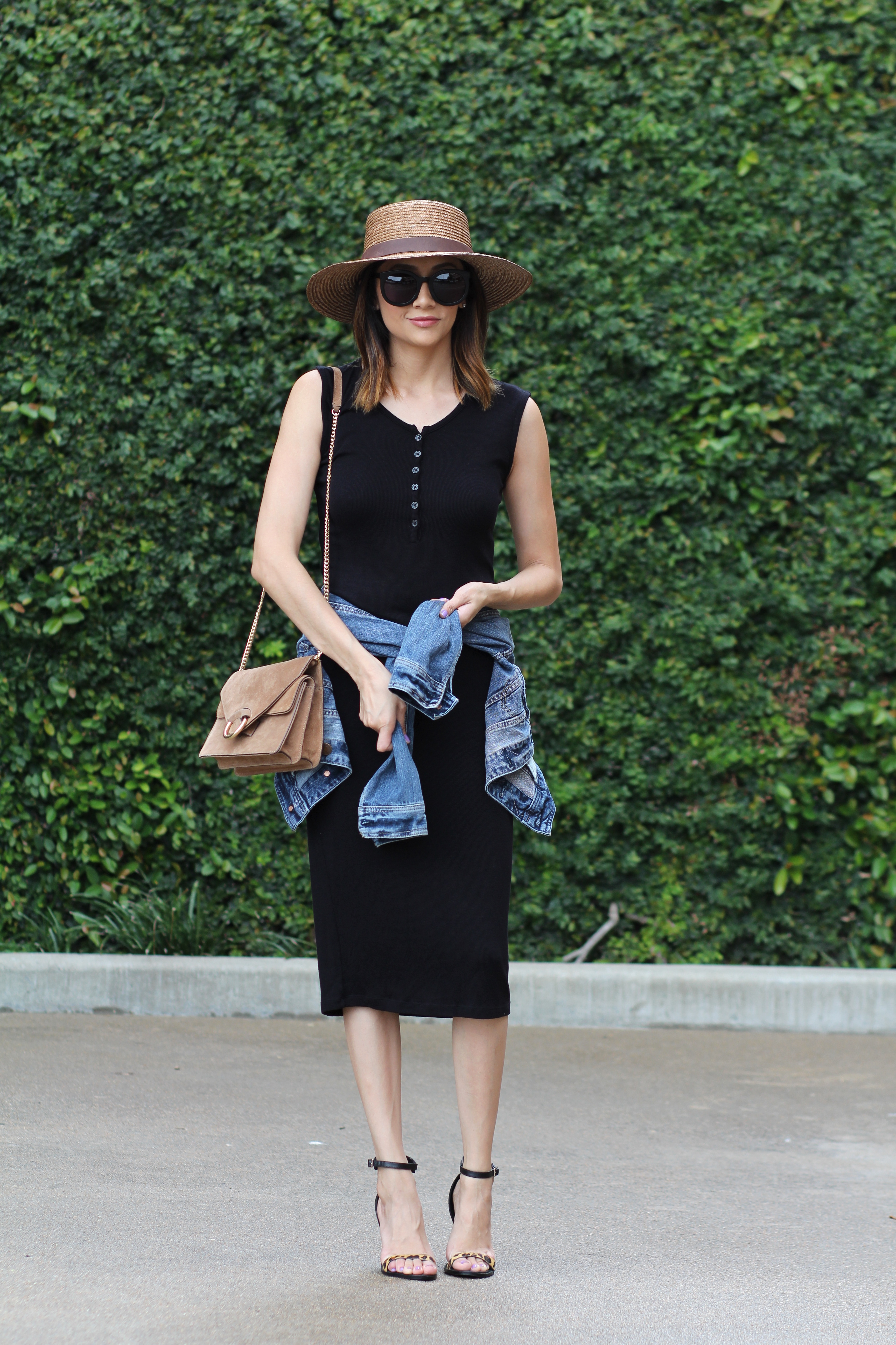 Summer Chic Look | LBD | Boater Hat