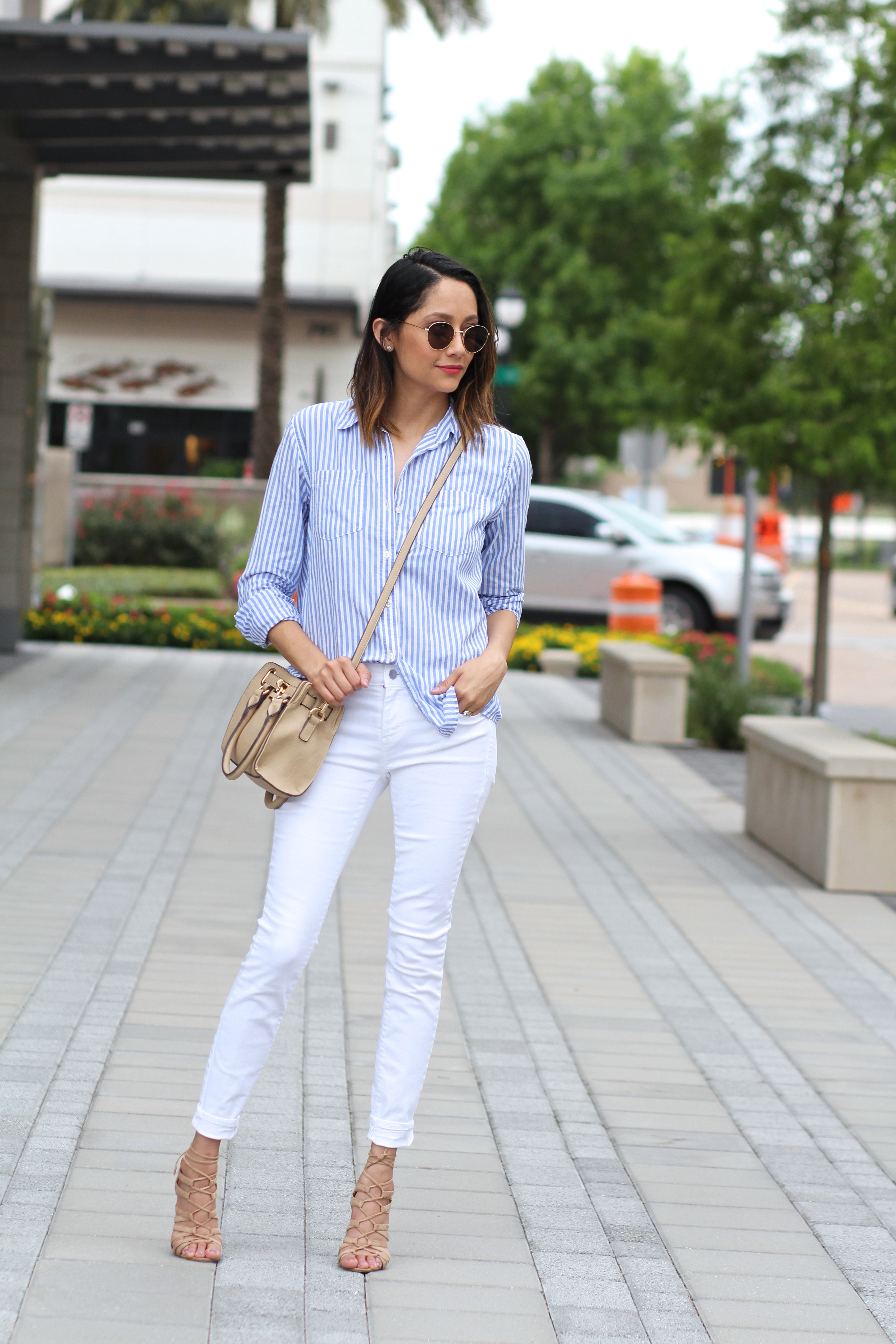 Vertical Stripes And White Jeans | White Jeans | Striped Shirt | Summer Look