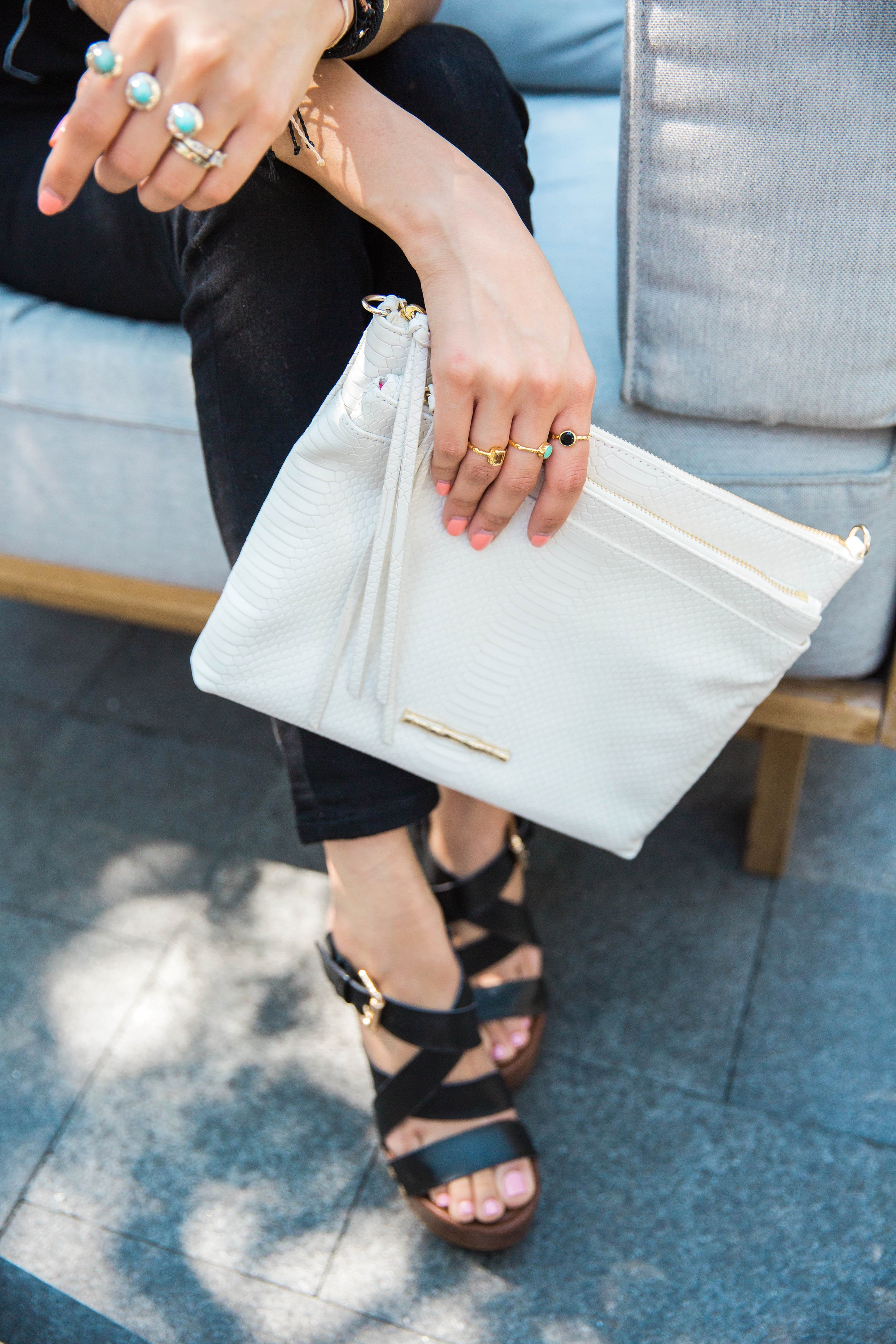 White Clutch | Dainty Rings | Stackable Rings | Details | Minimal