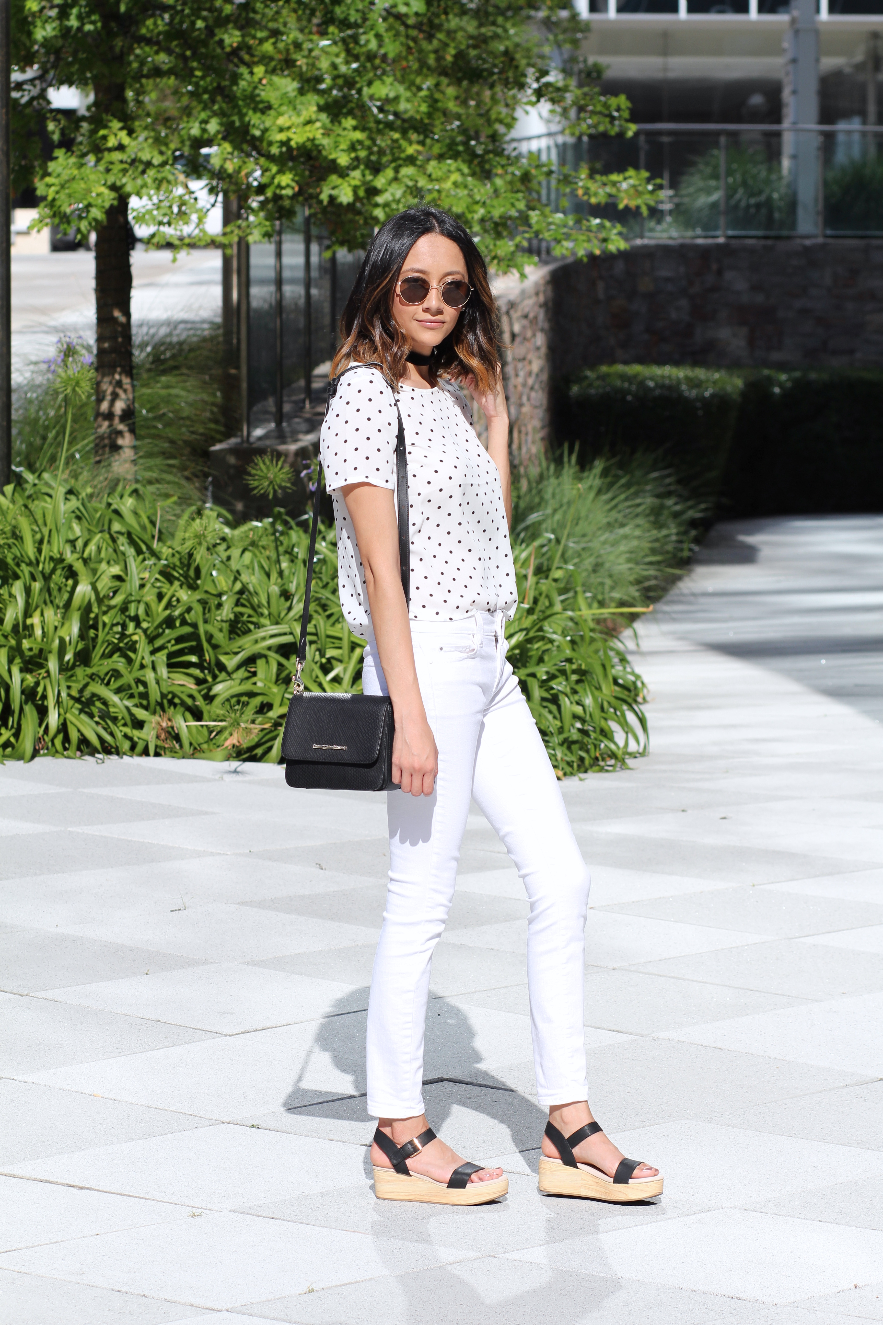 Simple Platform Sandals | Black Platform Sandals | White Summer Look | Minimal Chic