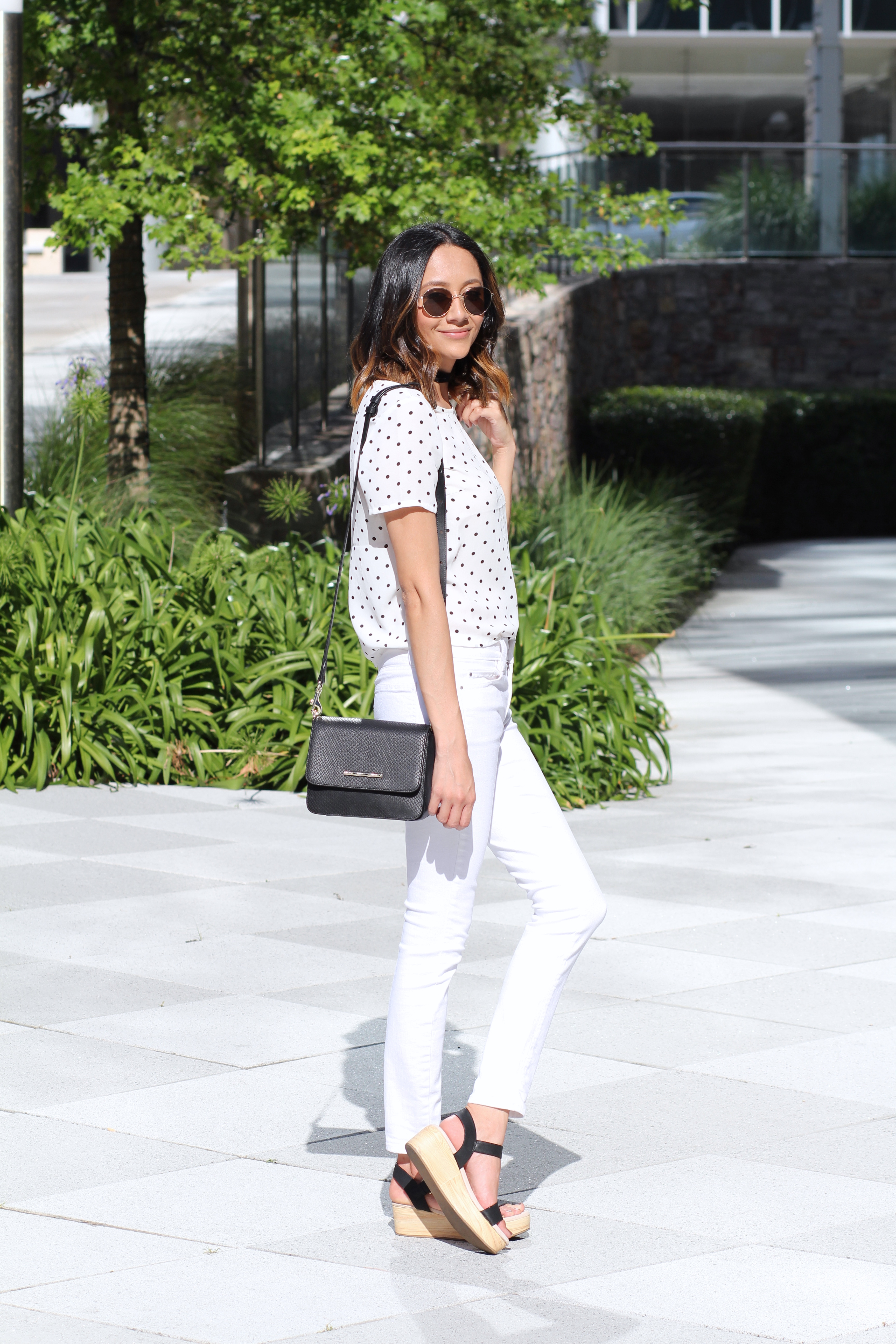white on white summer look | Platform Sandals | White Denim | Minimal Chic