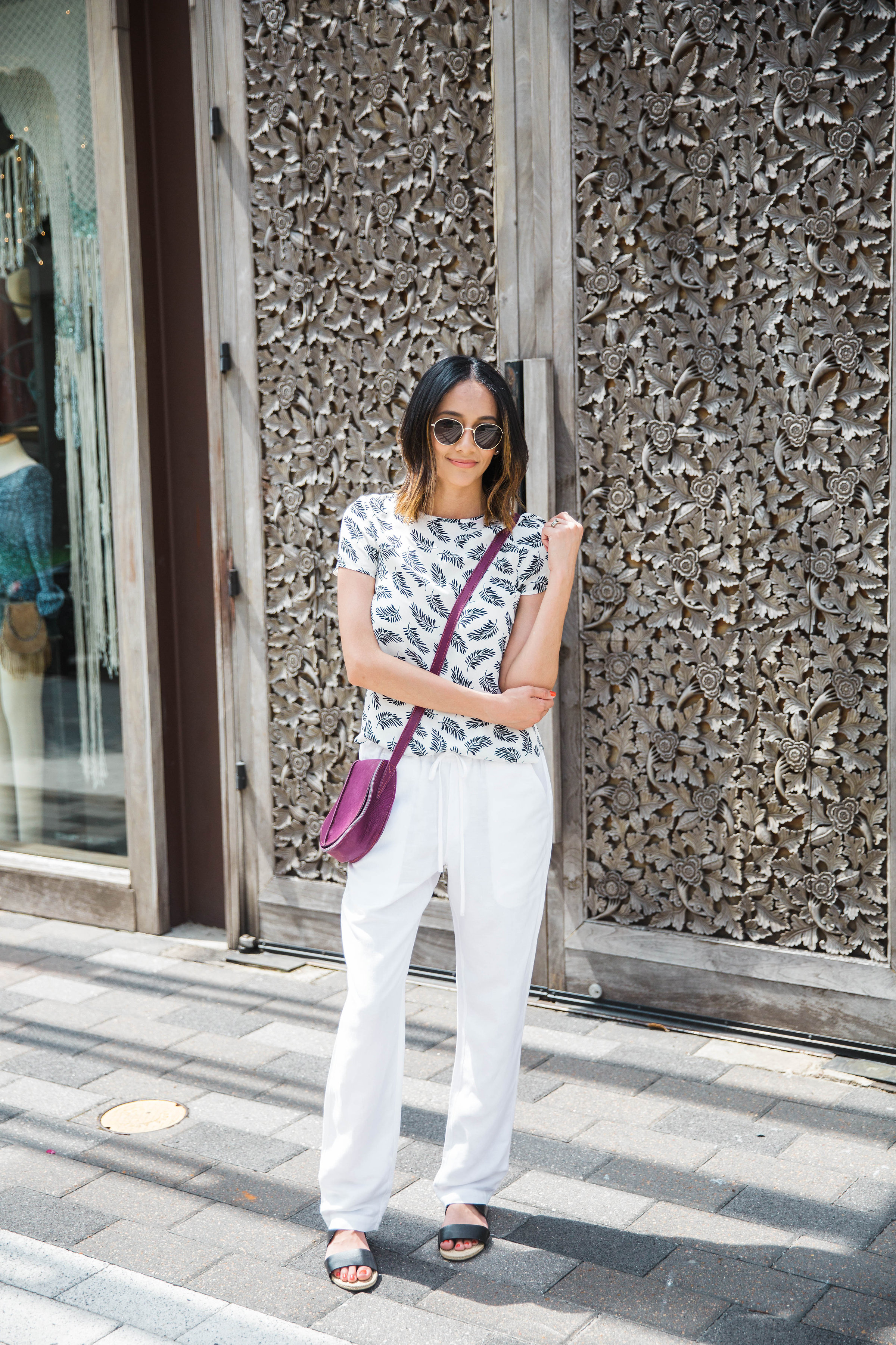 How to rock the Summer Whites trend without going ALL white | White Pants
