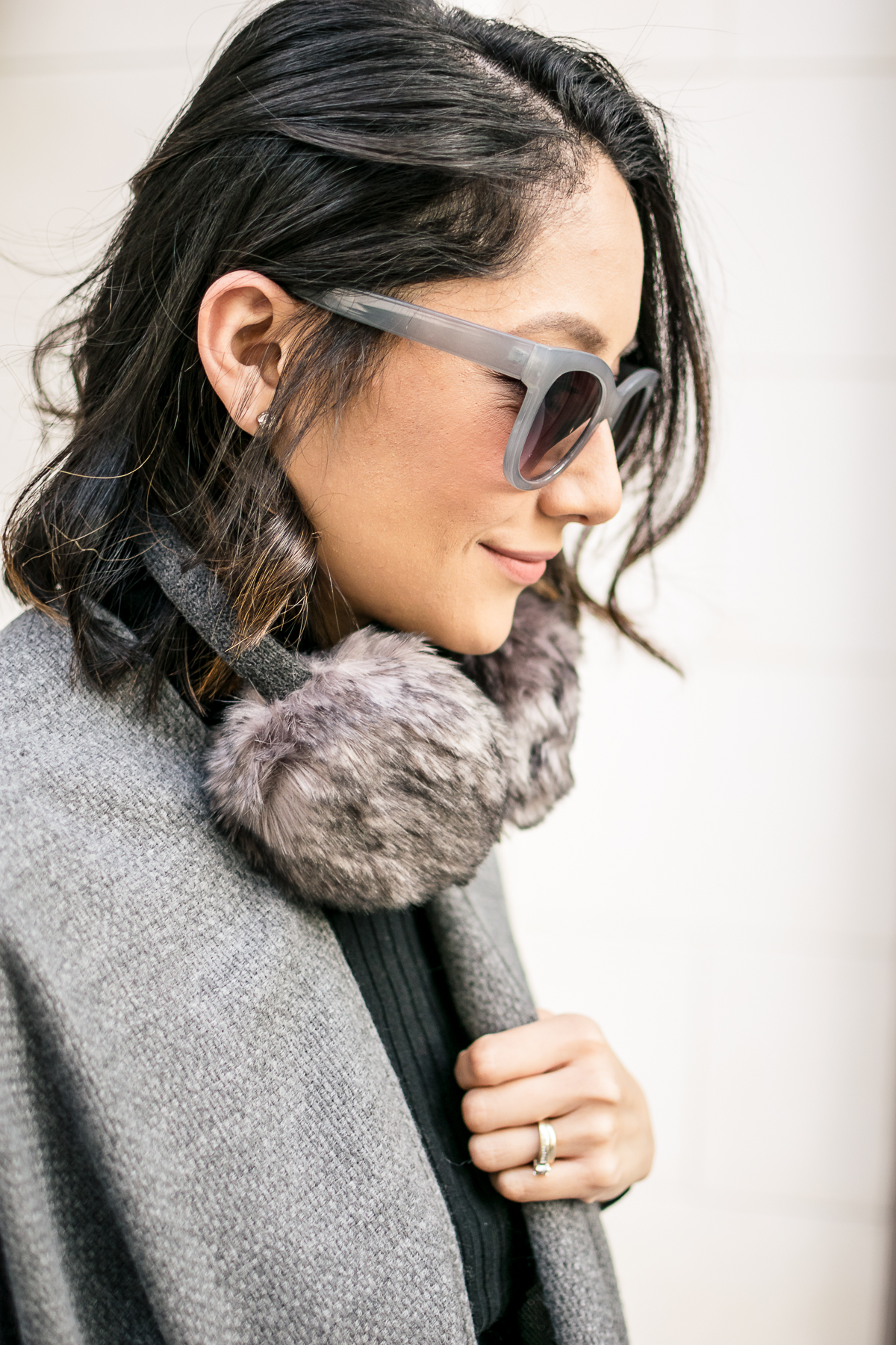 Staying on budget and looking trendy this winter | Earmuffs | Grey Subglasses