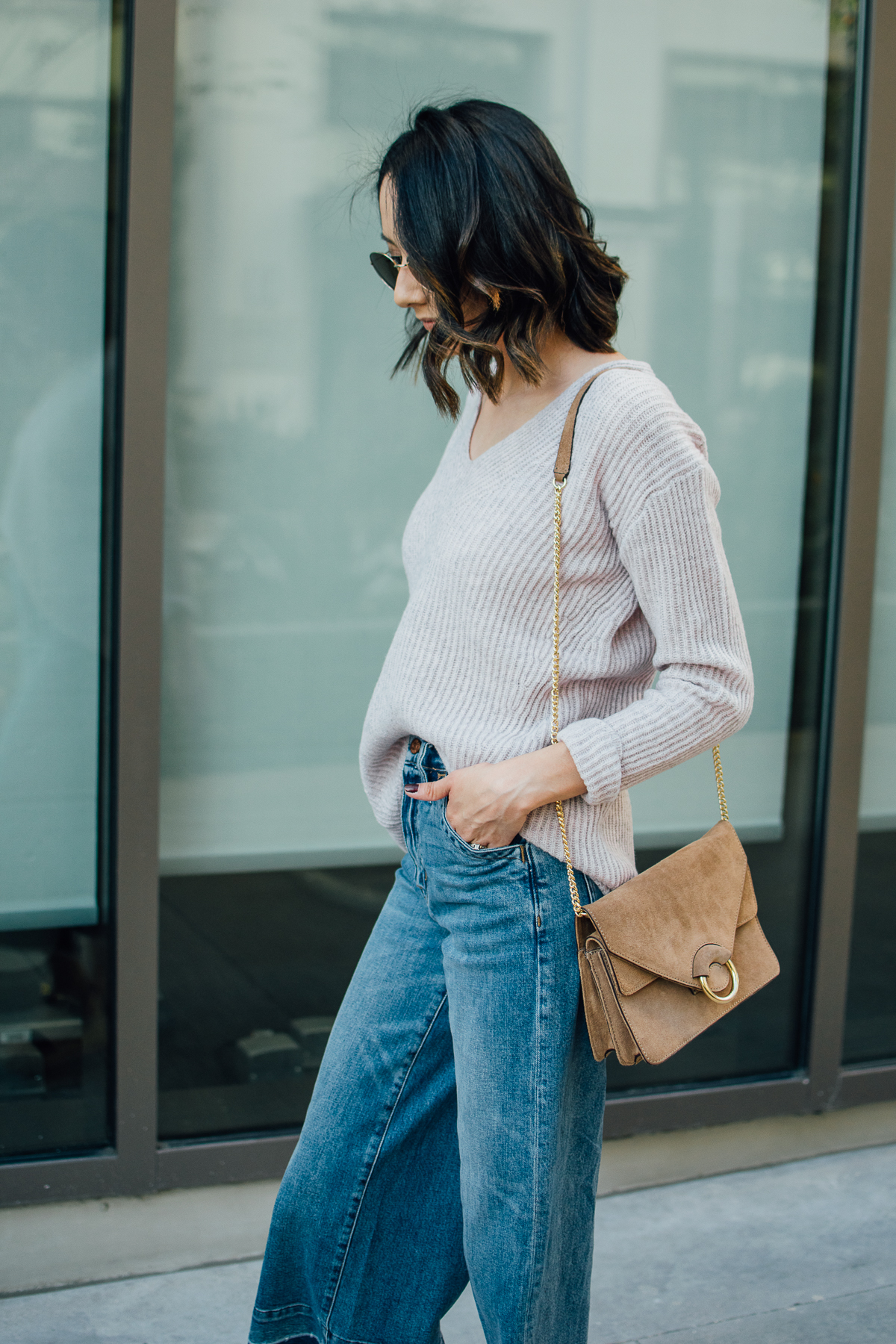 Messy waves & cozy wool sweater