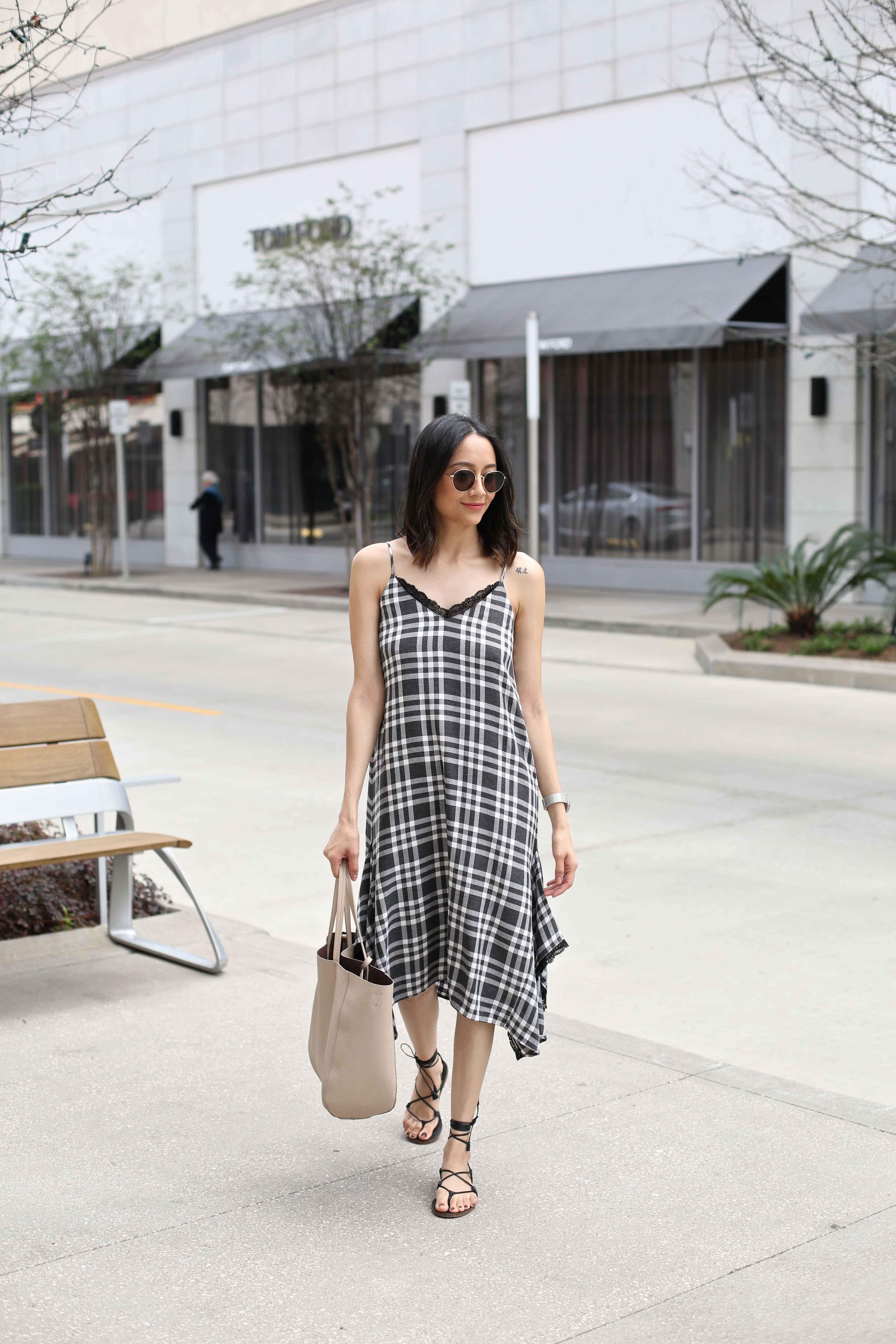 How to wear a plaid dress for summer