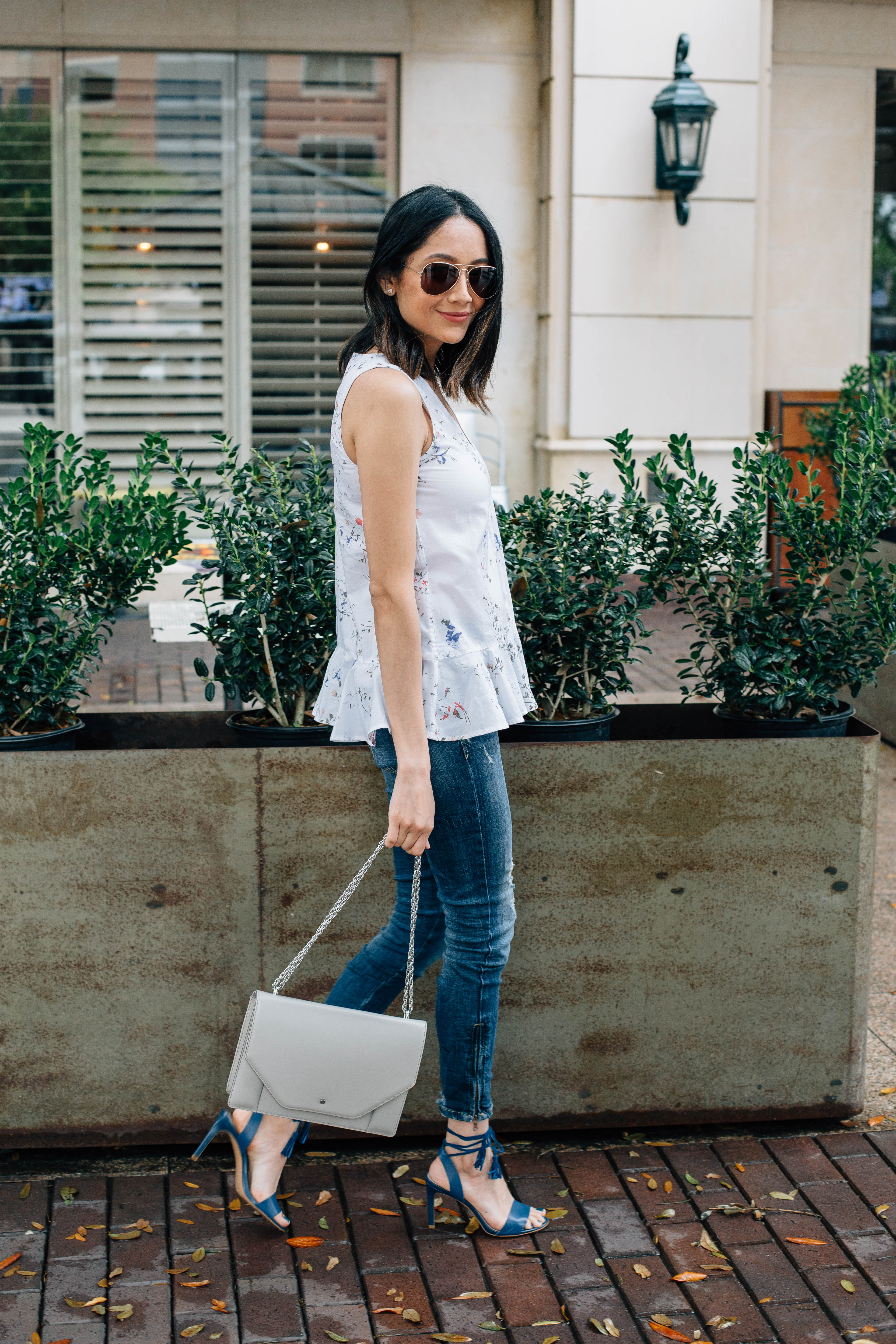 Daily Craving, Style blogger, Floral print top, Ankle zipper jeans, Skinny Jeans, Lace Up Sandals