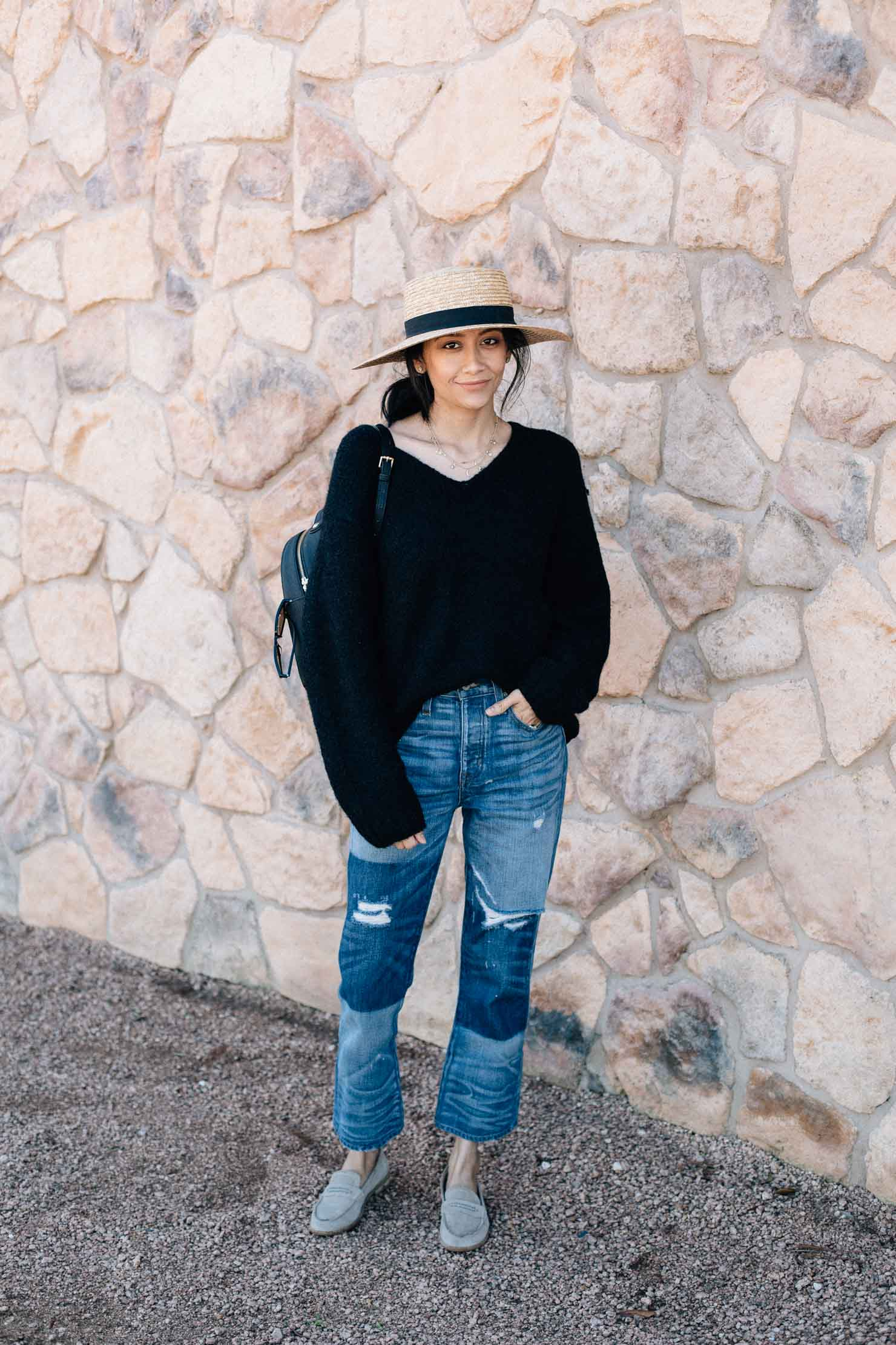Fashion blogger Lilly Beltran in an effortless look with straight fit jeans, oversized sweater and suede loafers.