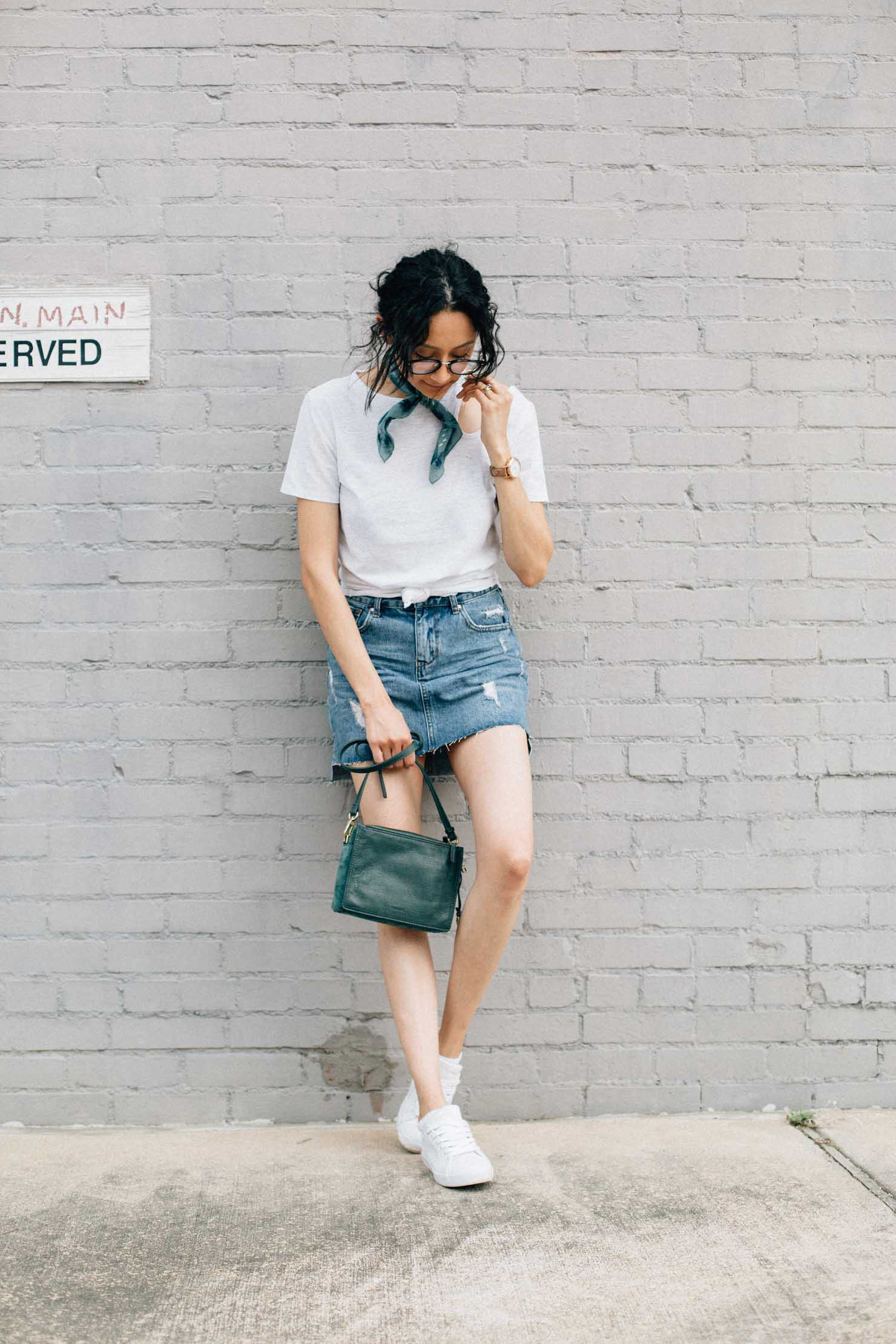 Houston based fashion blogger Lilly Beltran shares her tips for achieving perfect effortless style
