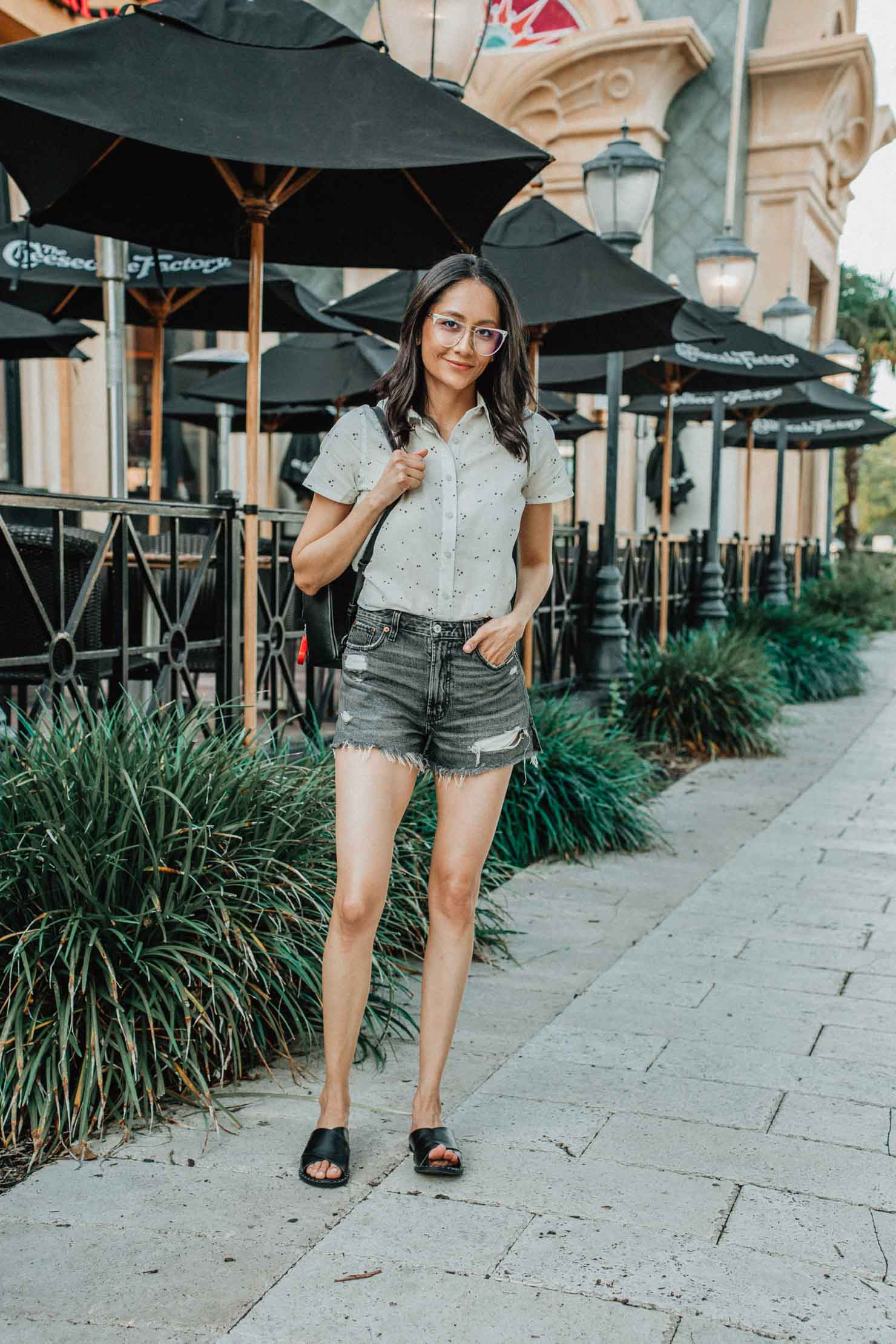 How to accessorize your summer looks with Coastal eyeglasses | Lilly Beltran, Houston based fashion blogger