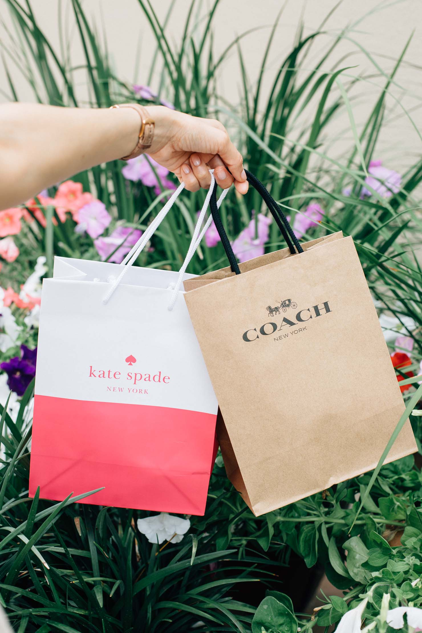 Houston Premiu Outlets shopping | Lilly Beltran of Daily Craving blog