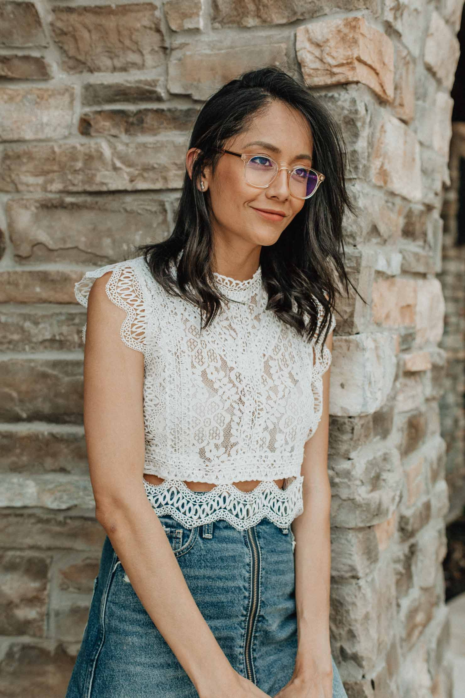 Accessorizing summer looks with eyewear from coastal.com |Lilly Beltran, Houston fashion blogger