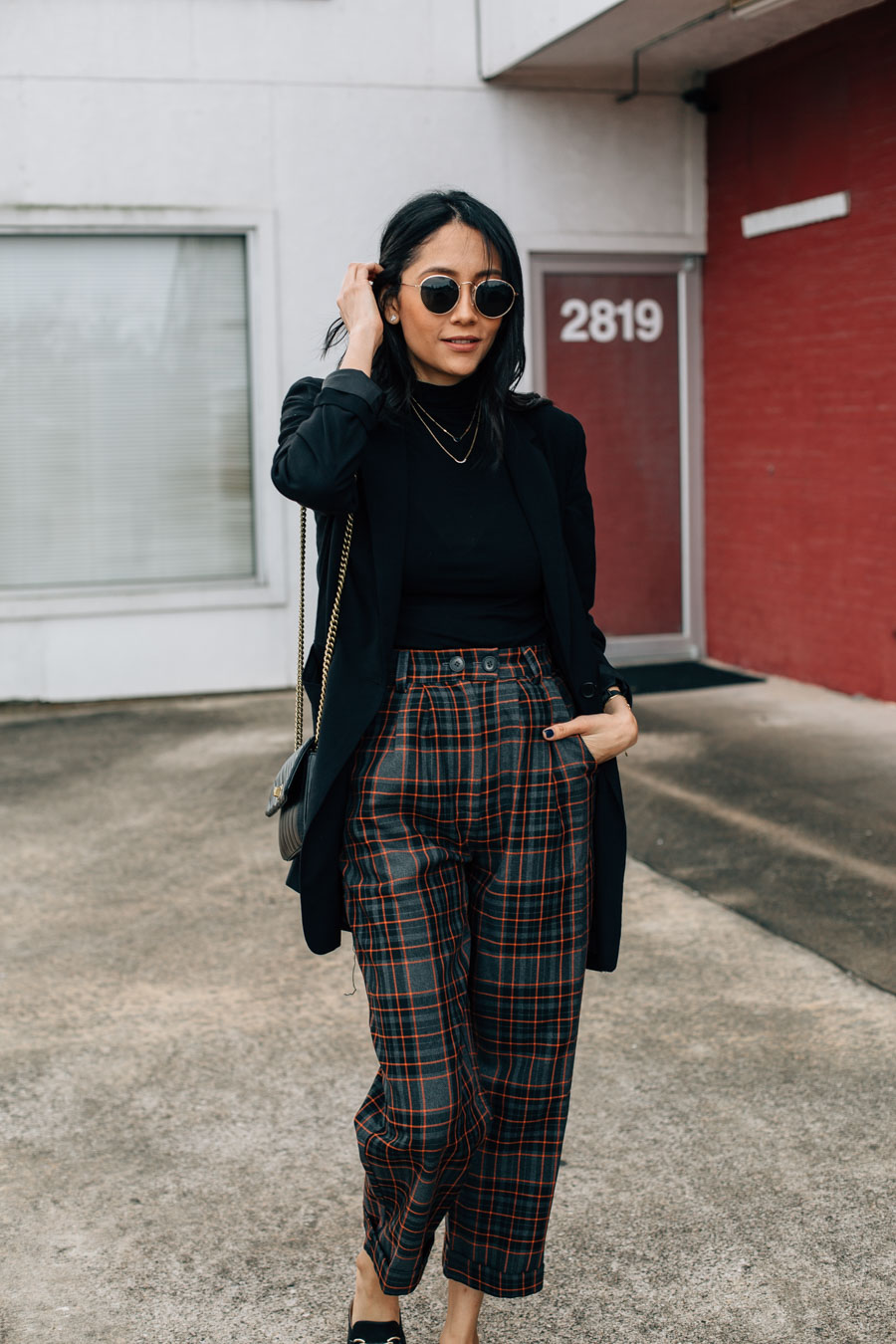 Fashion blogger Lilly Beltran in a casual street style look.