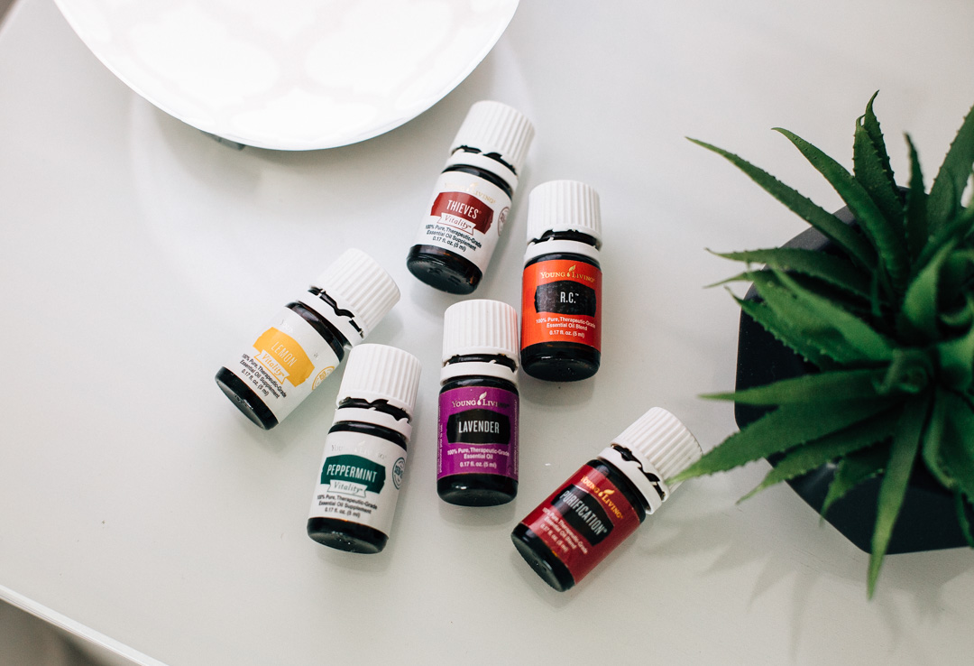 How to stop cold symptoms with essential oils.