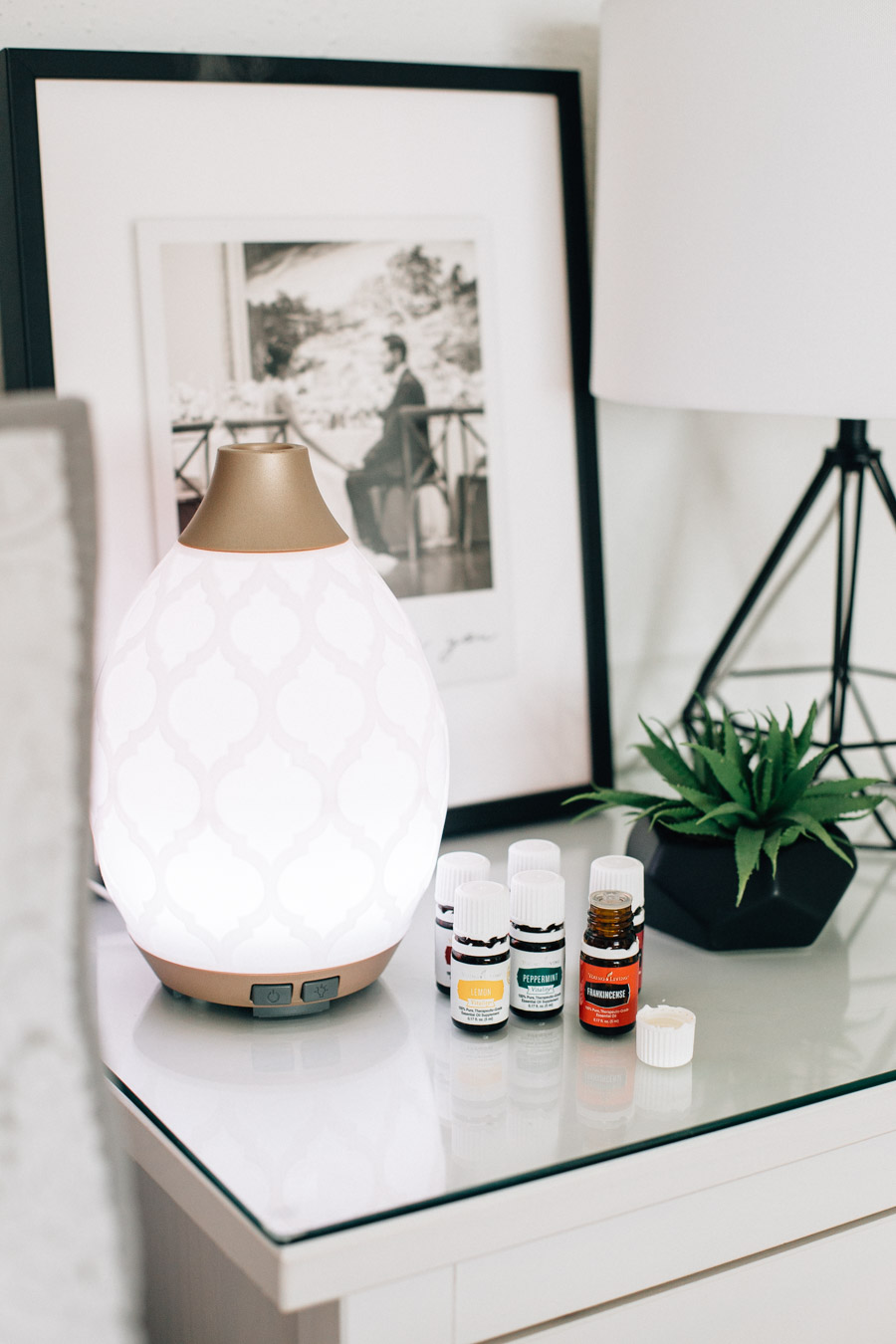 7 Essential Oils & Blends I swear By